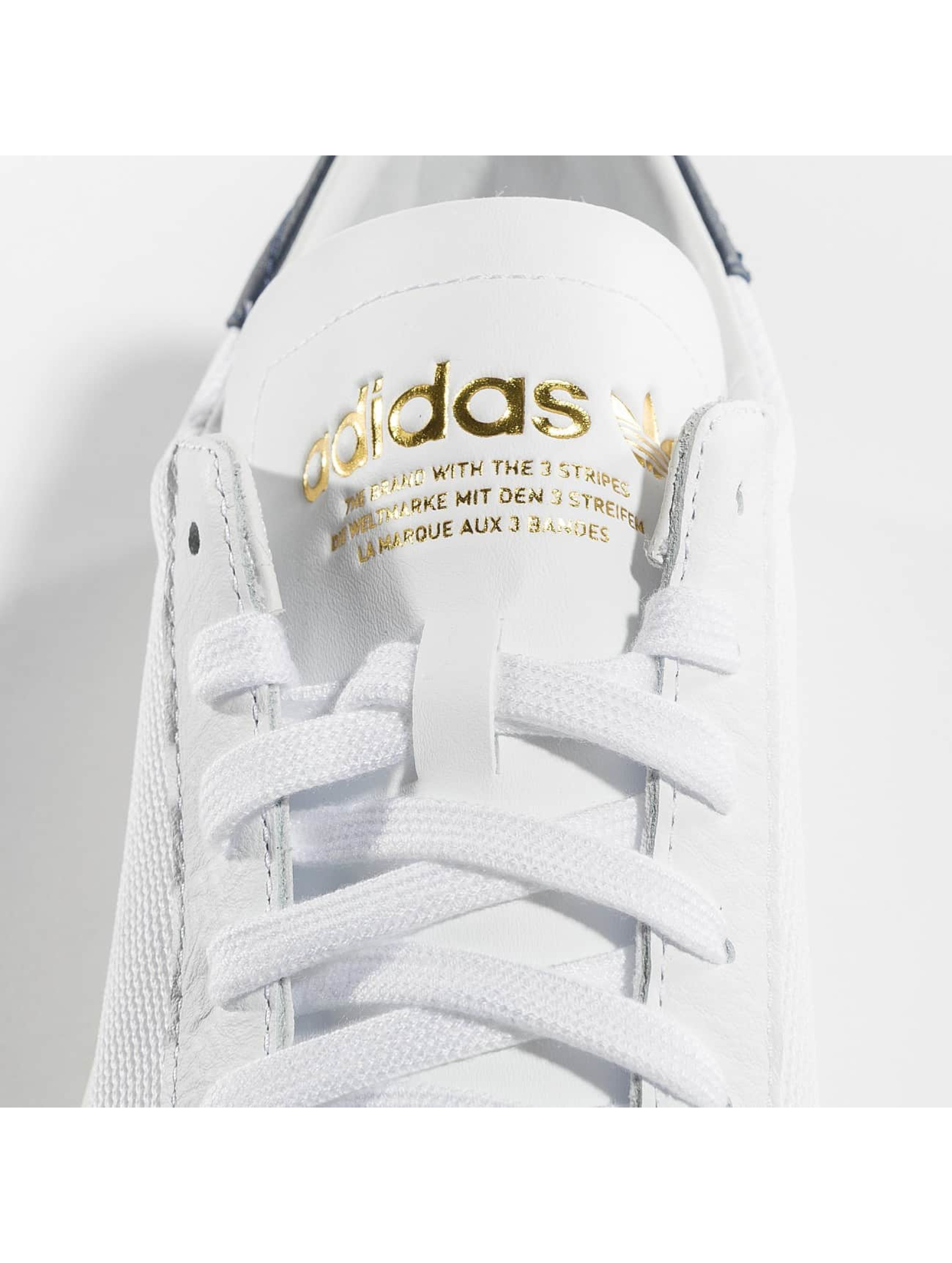 adidas originals Snejkry Courtvantage bílý