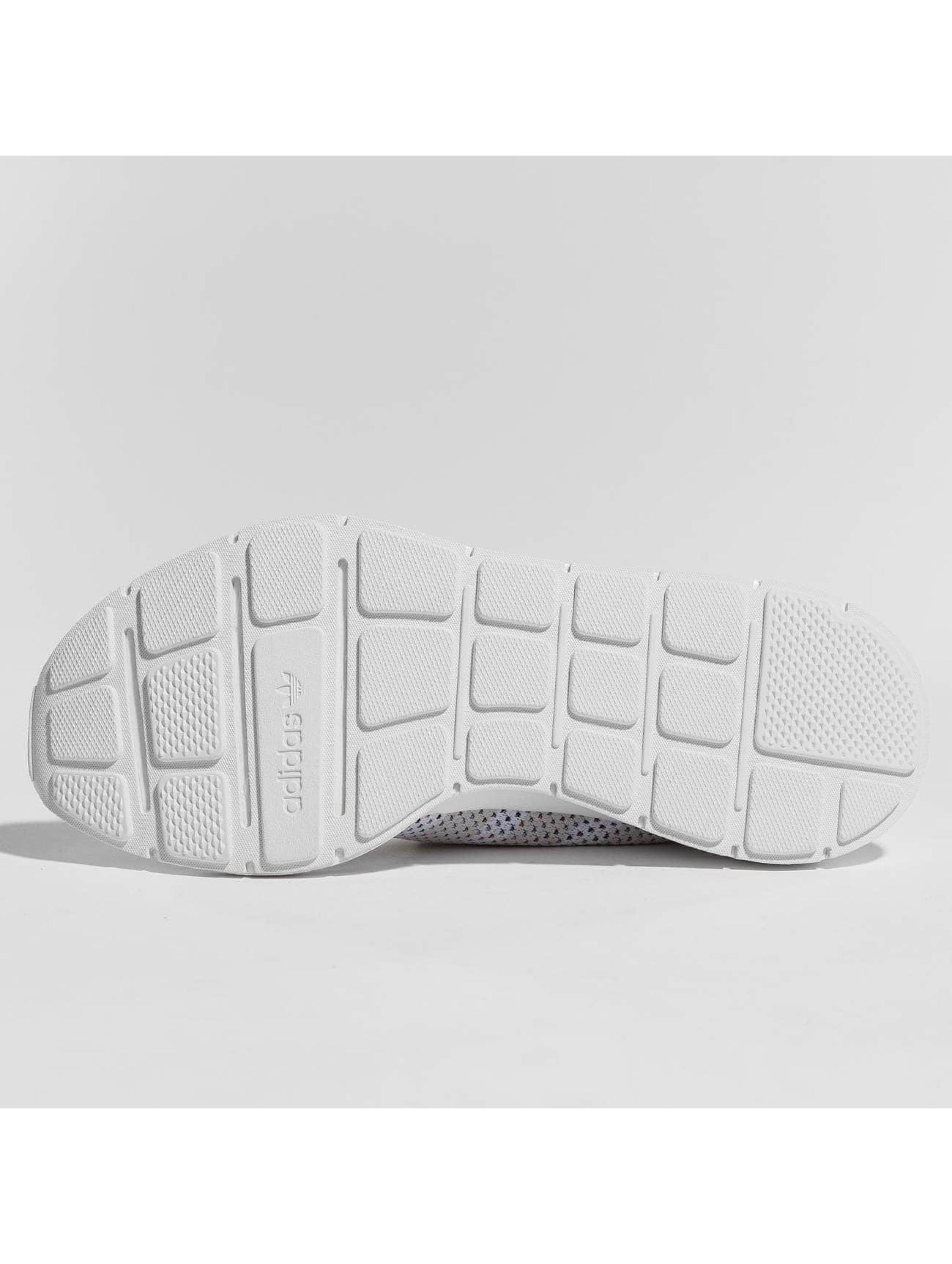 adidas originals Tennarit originals Swift Run Primeknit valkoinen