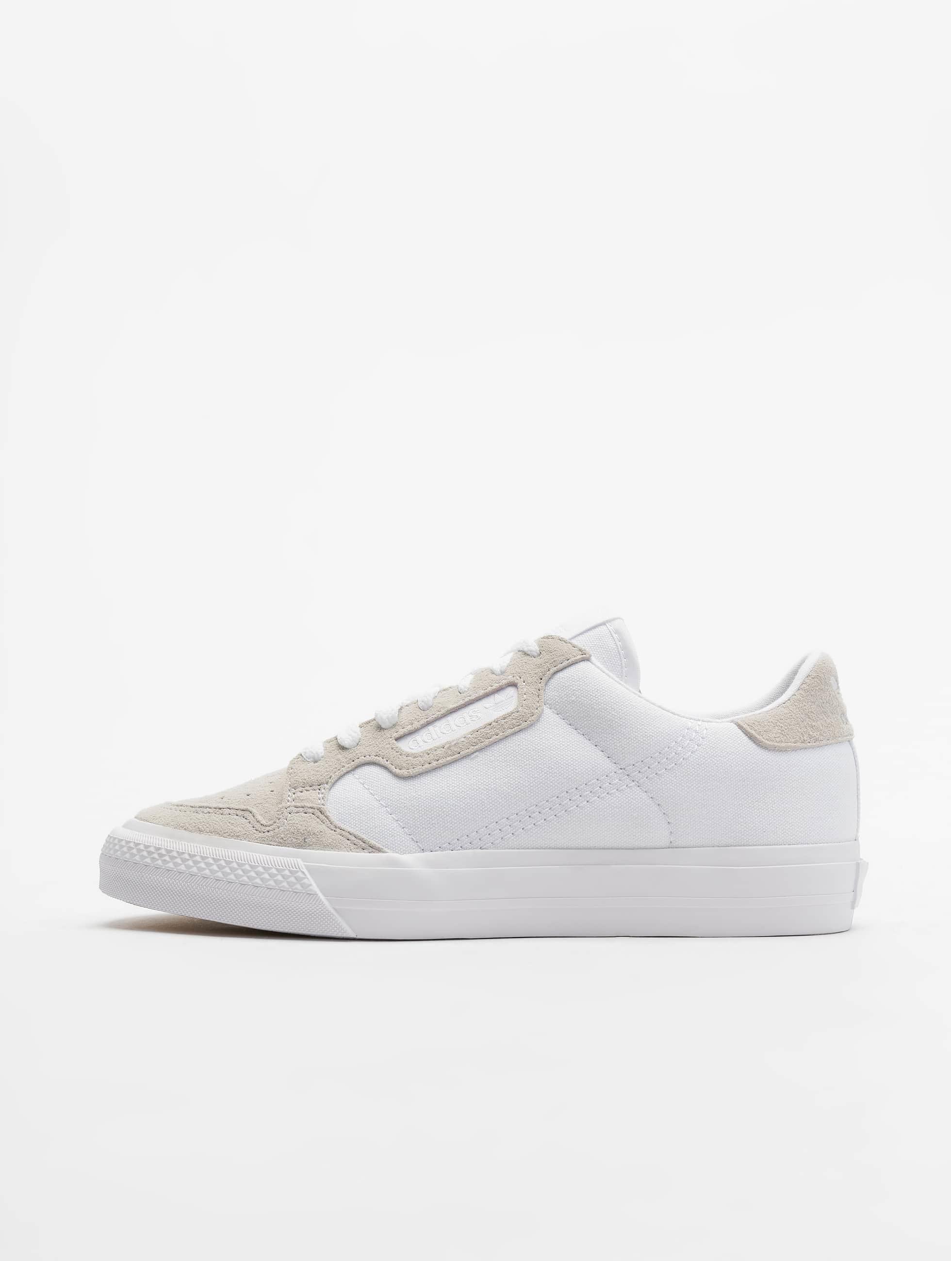 sale retailer 29018 2c8ea adidas-originals-tennarit-valkoinen-684640.jpg