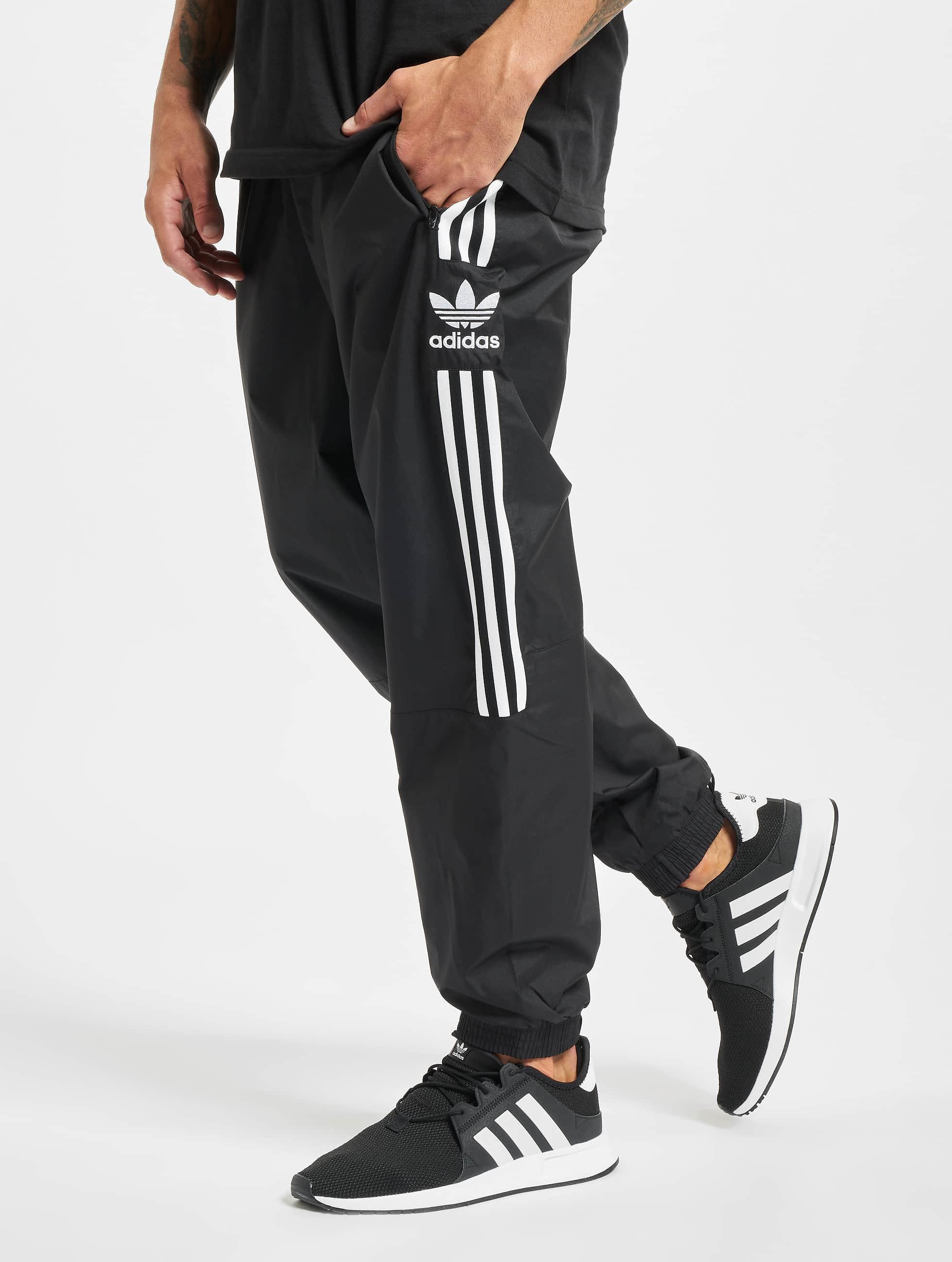 adidas Originals Housut | Lock Up Verryttelyhousut | musta