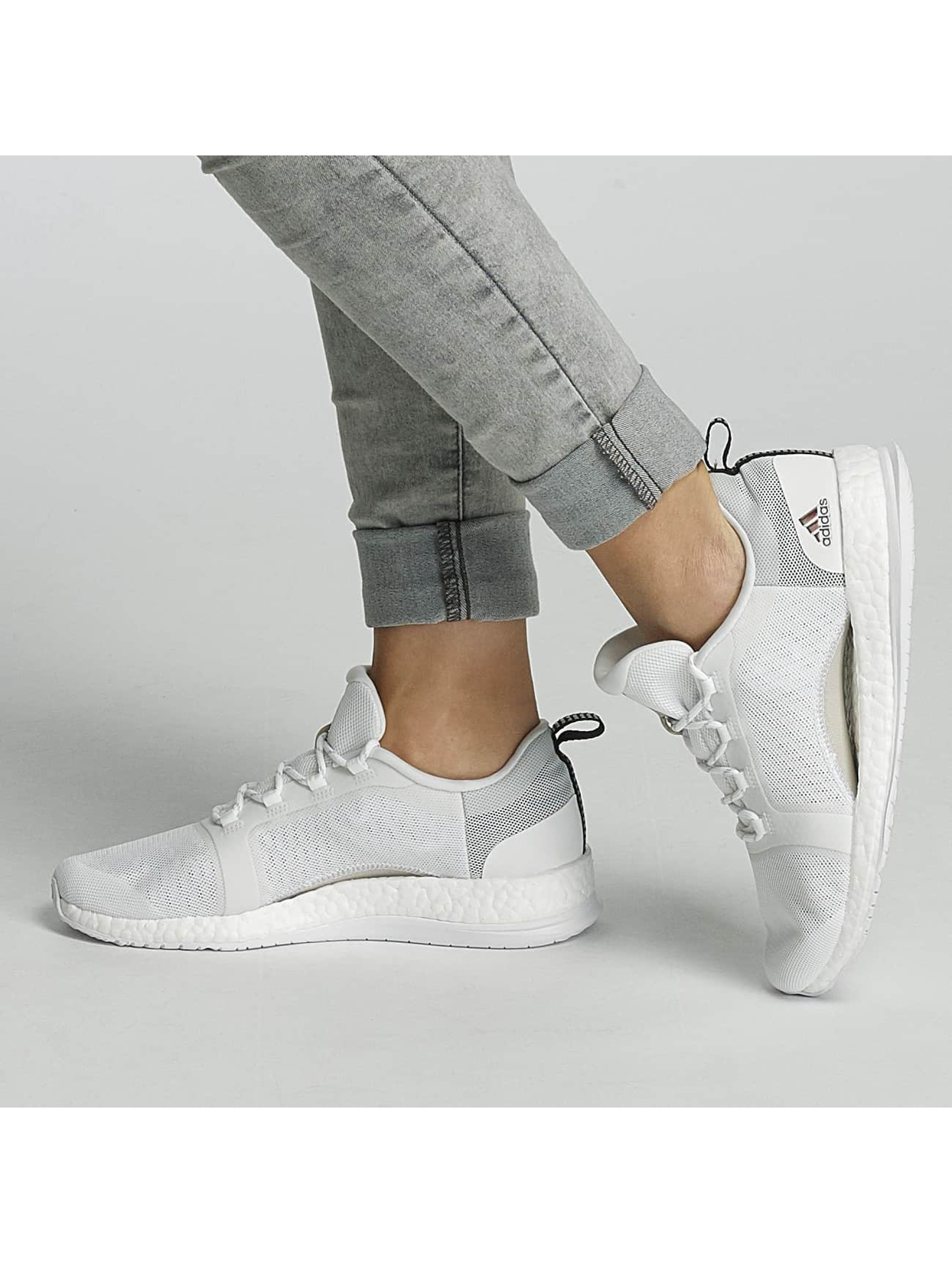 adidas Performance Baskets Pure Boost X TR 2 Sneakers blanc