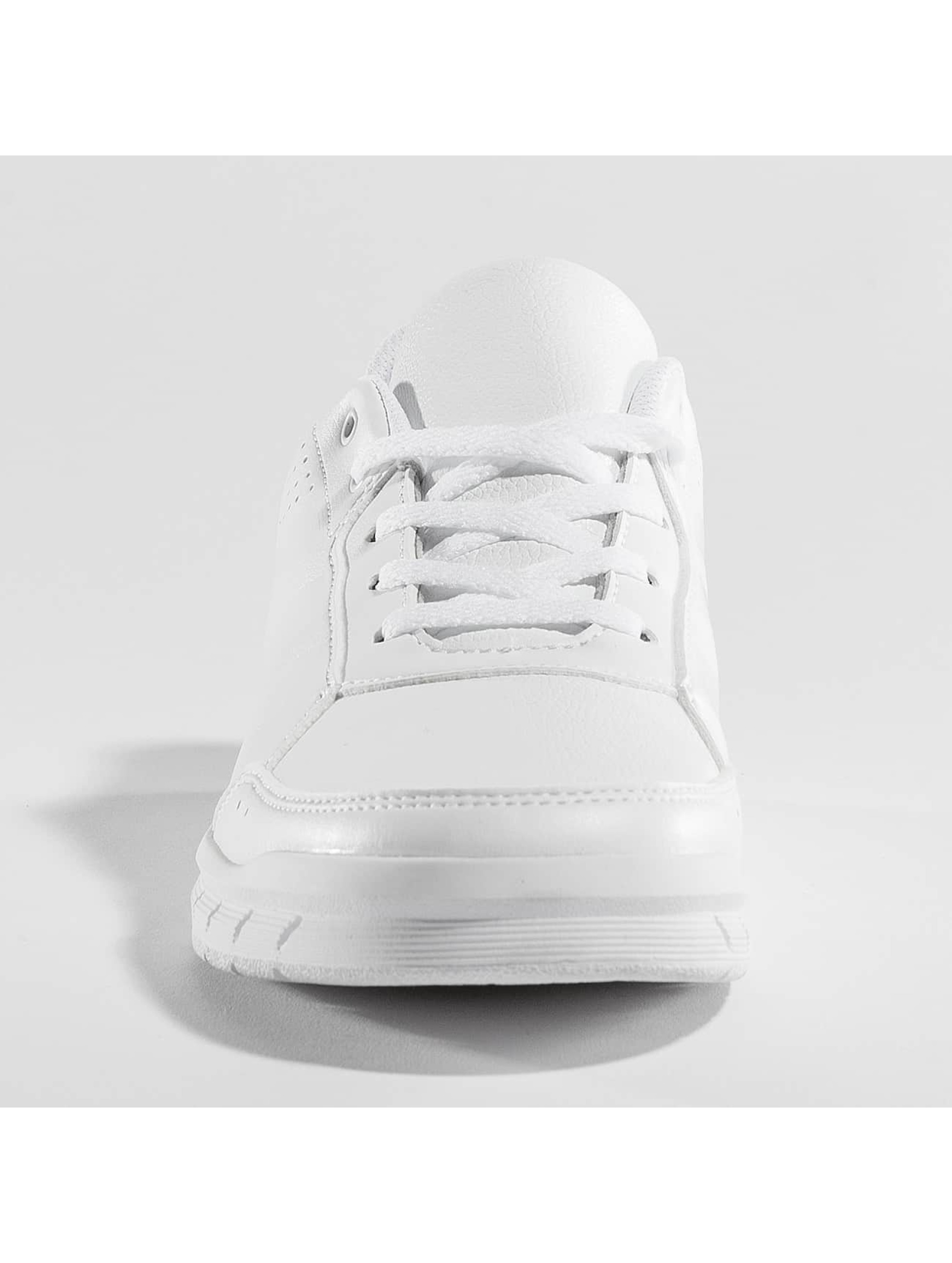 Adidas Performance Baskets Alta Sport blanc