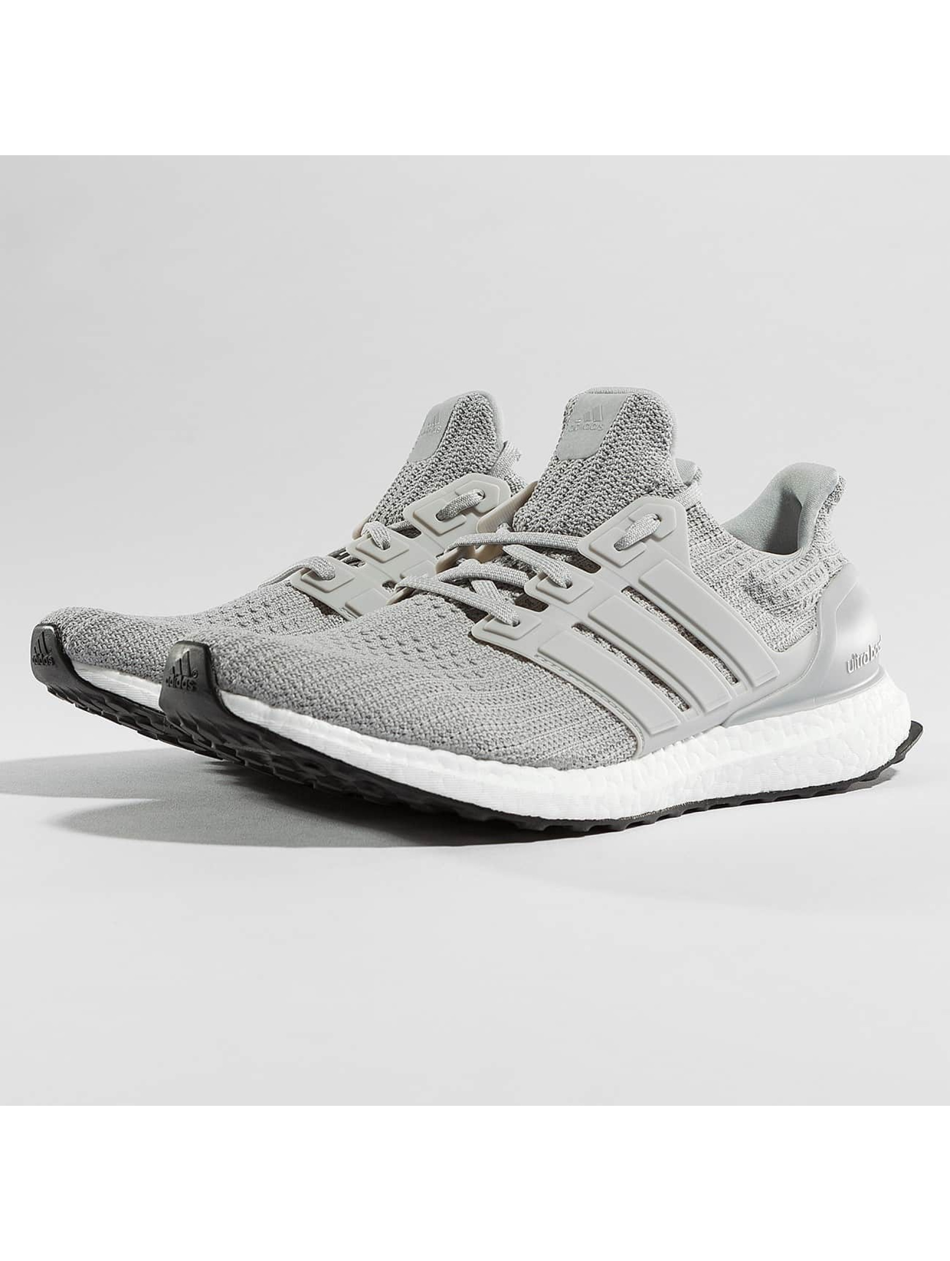 ultra boost grise homme