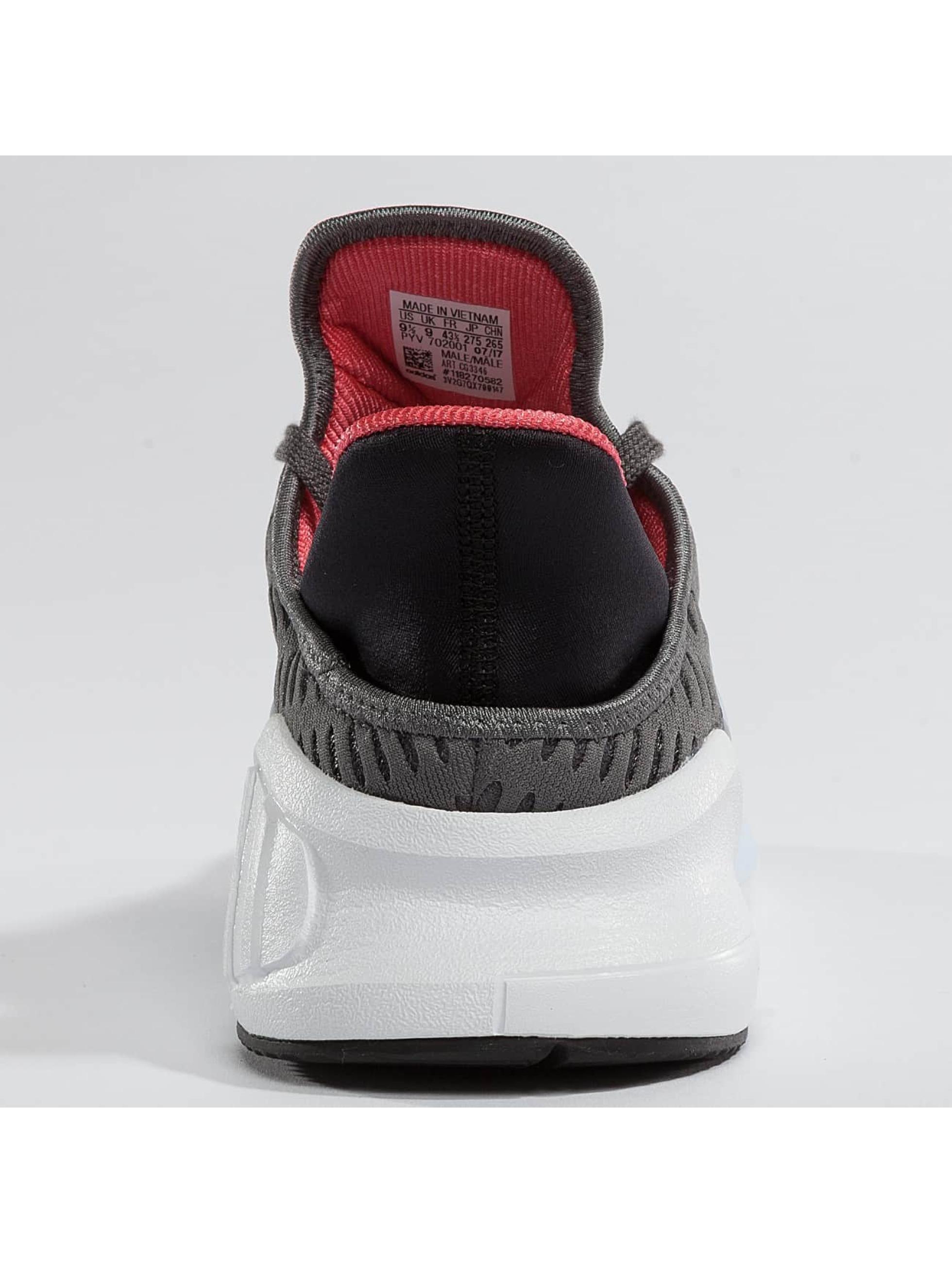 adidas Sneaker Climacool 02/17 grau