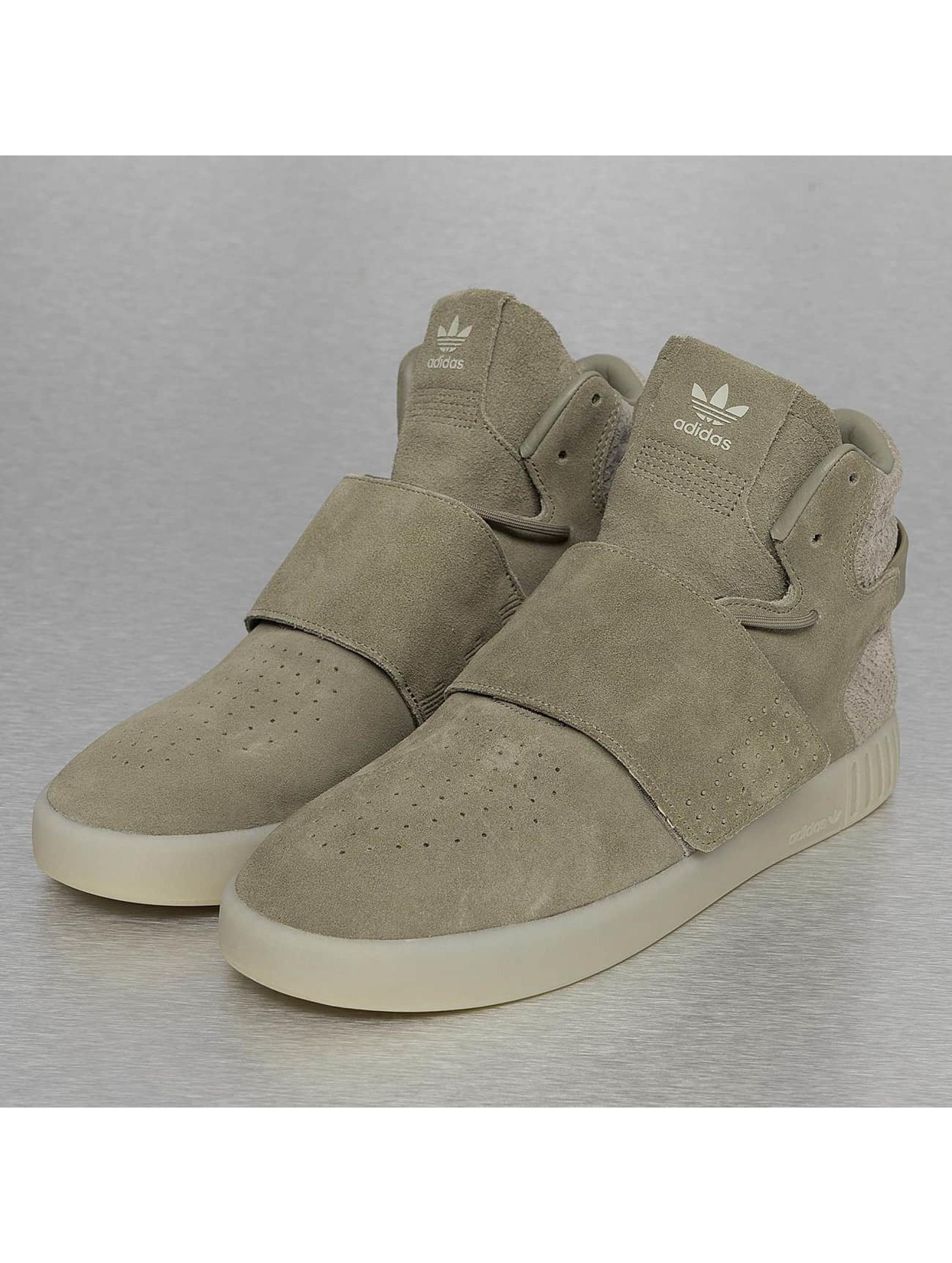 adidas schoen / sneaker Tubular Invader Strap in olijfgroen
