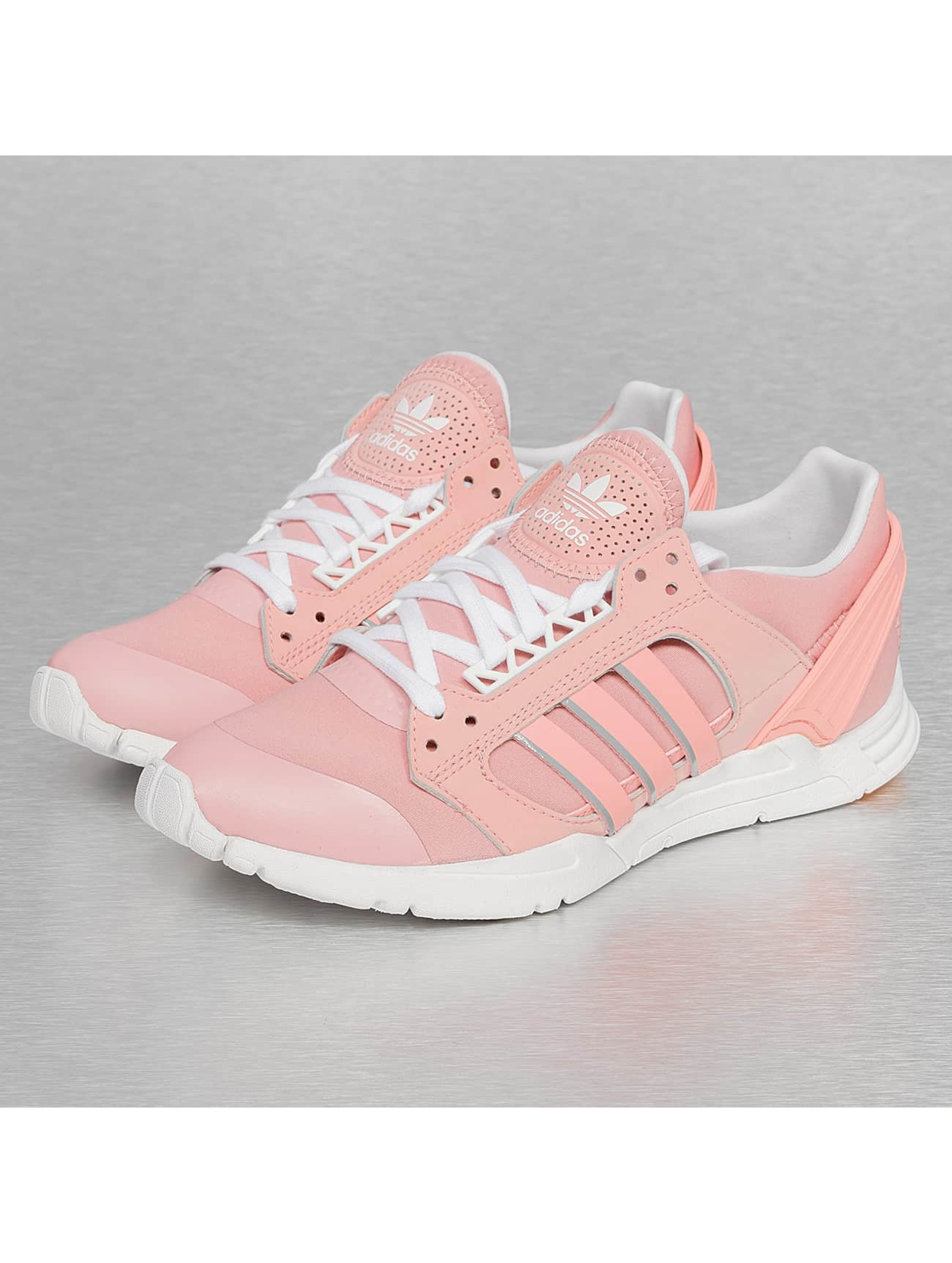 adidas rosa sneaker. Black Bedroom Furniture Sets. Home Design Ideas