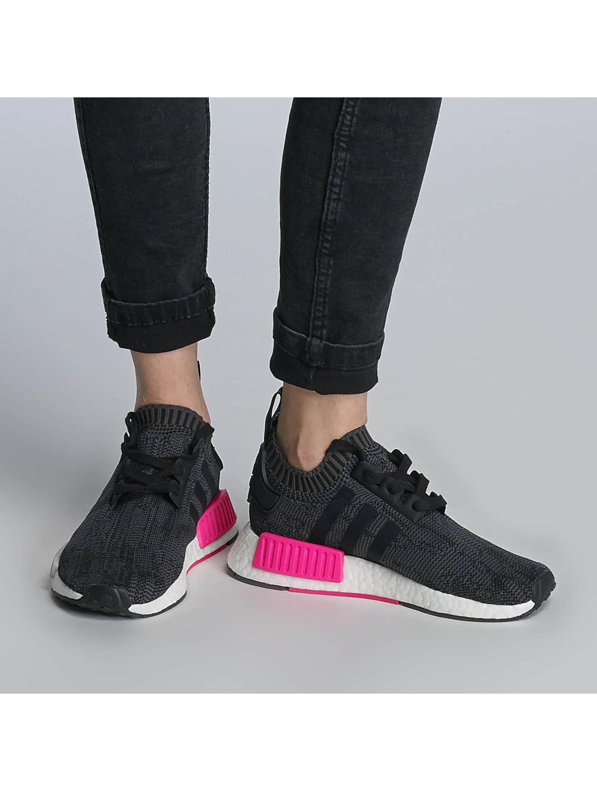 Sneaker NMD R1 Primeknit in schwarz
