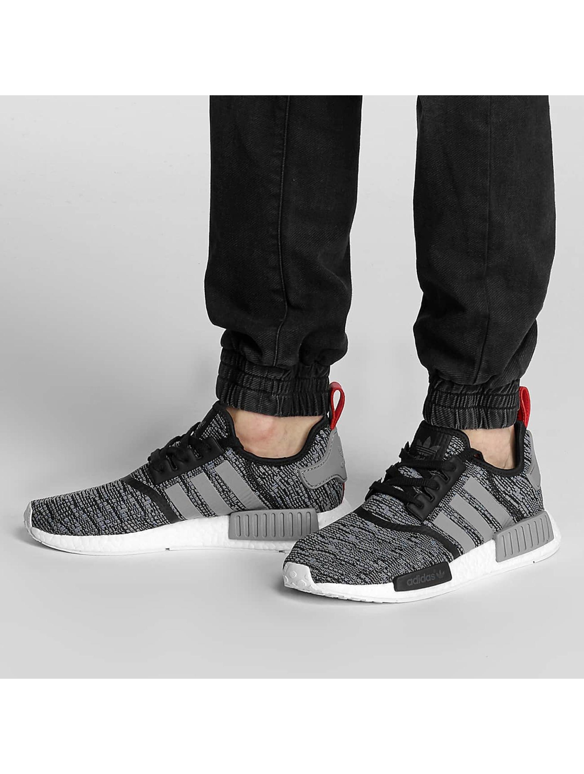 Sneaker NMD R1 in schwarz