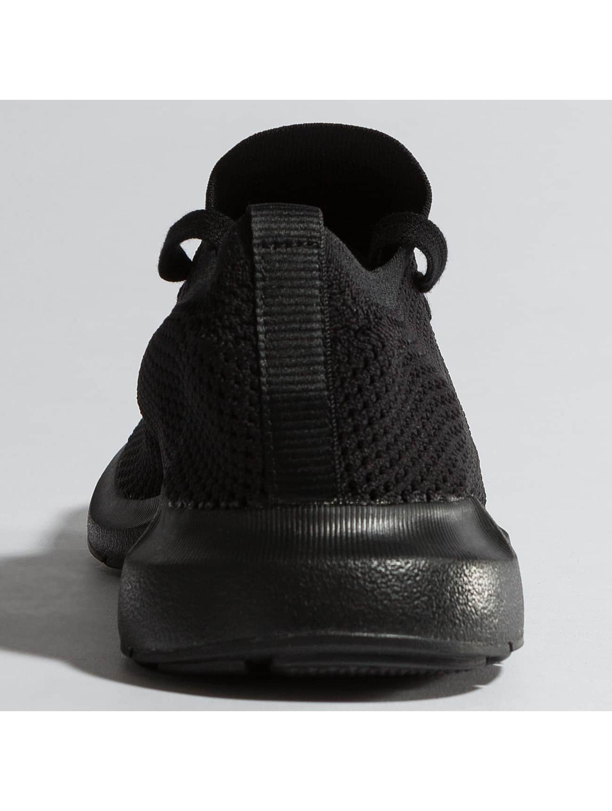 adidas Sneaker Swift Run Pk schwarz