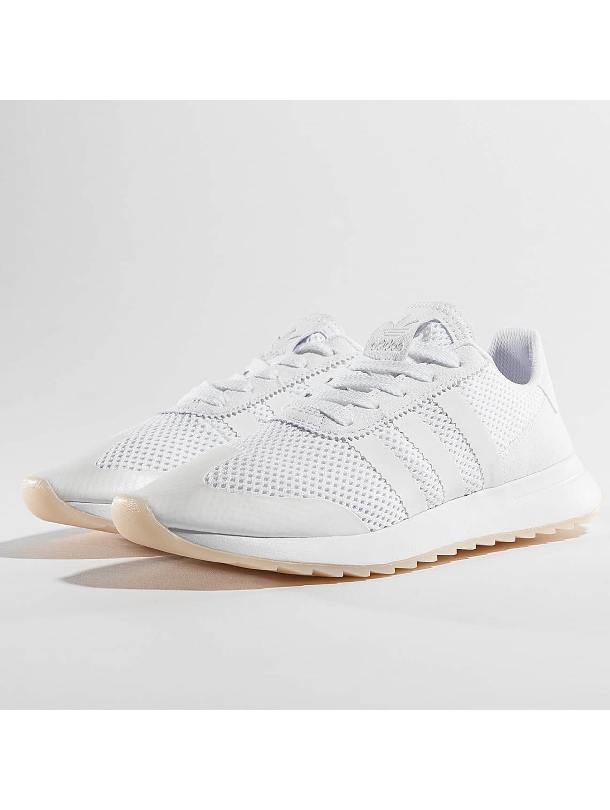 Sneaker Flashback in weiß