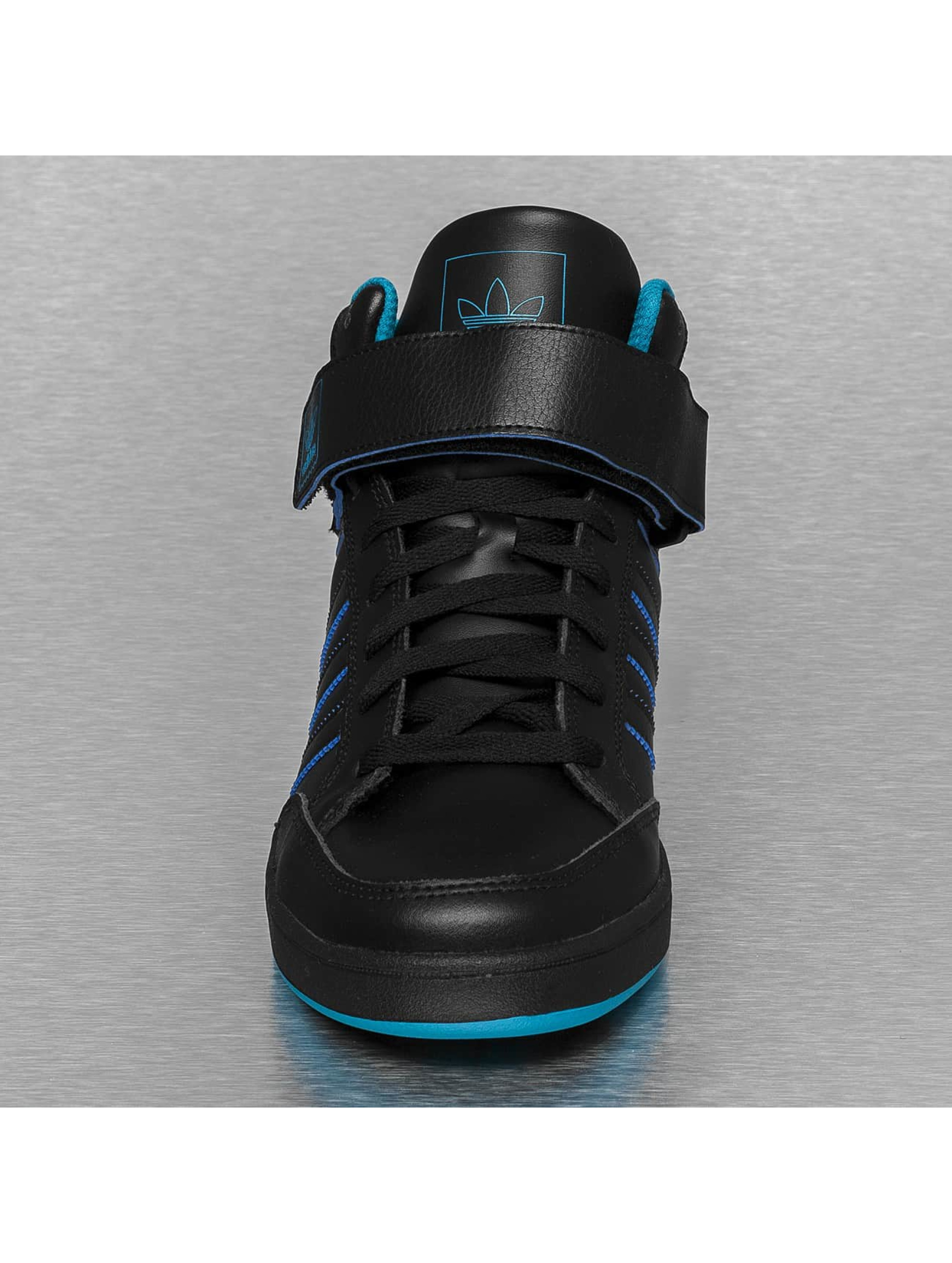 Adidas Varial Mid Zwart
