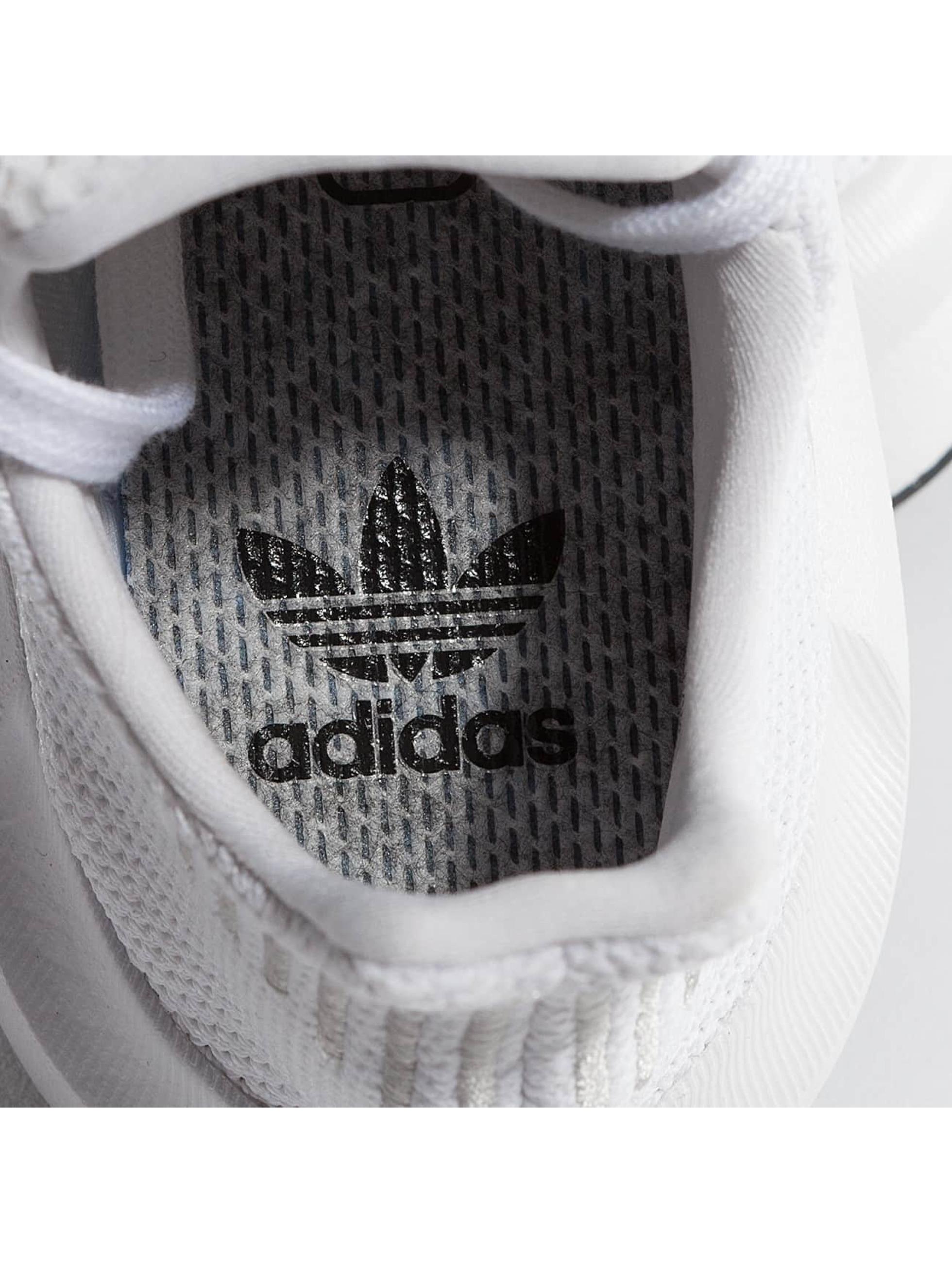 adidas Sneakers Swift Run bialy