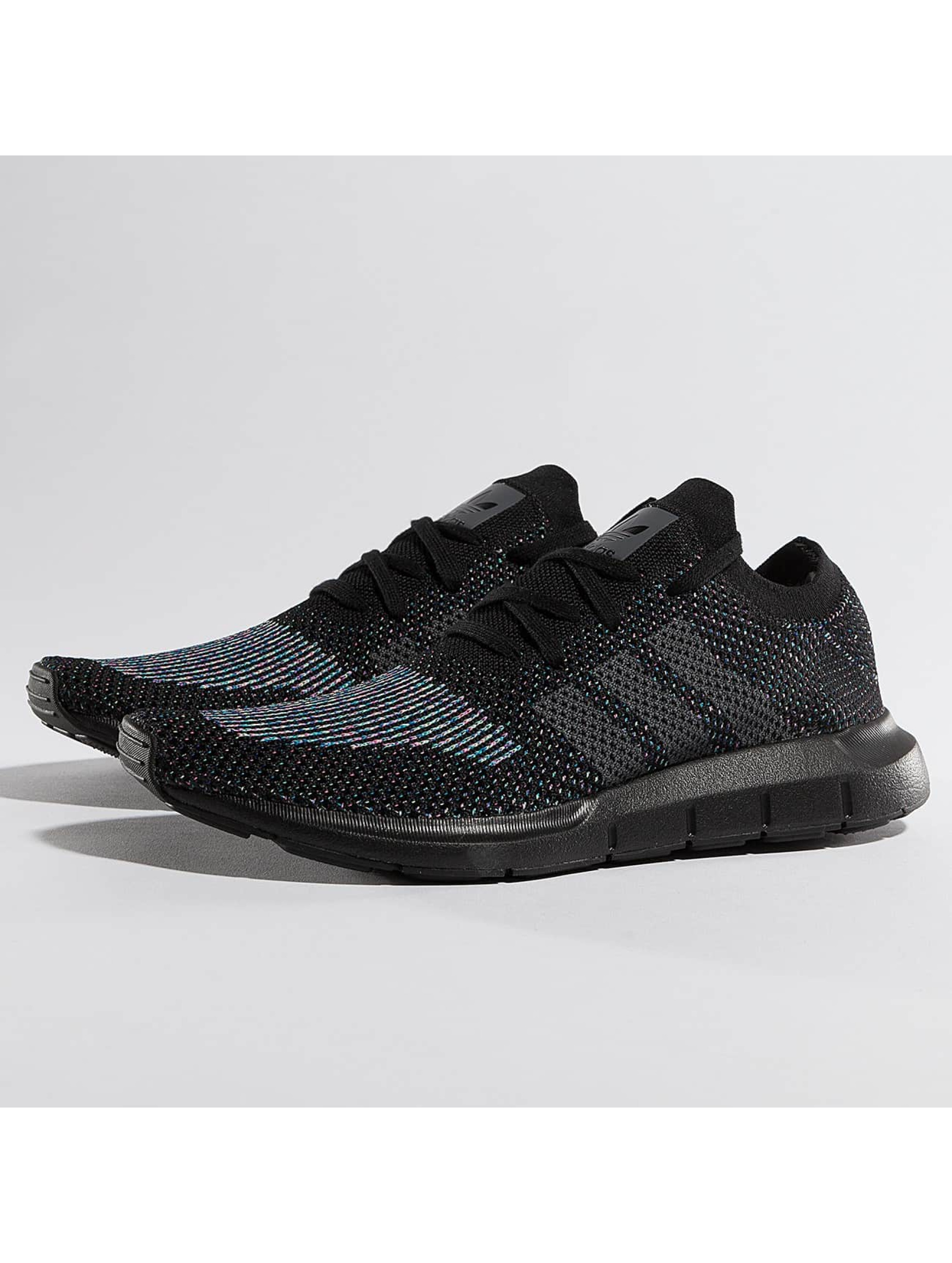 adidas Sneakers Swift Run Primeknit czarny