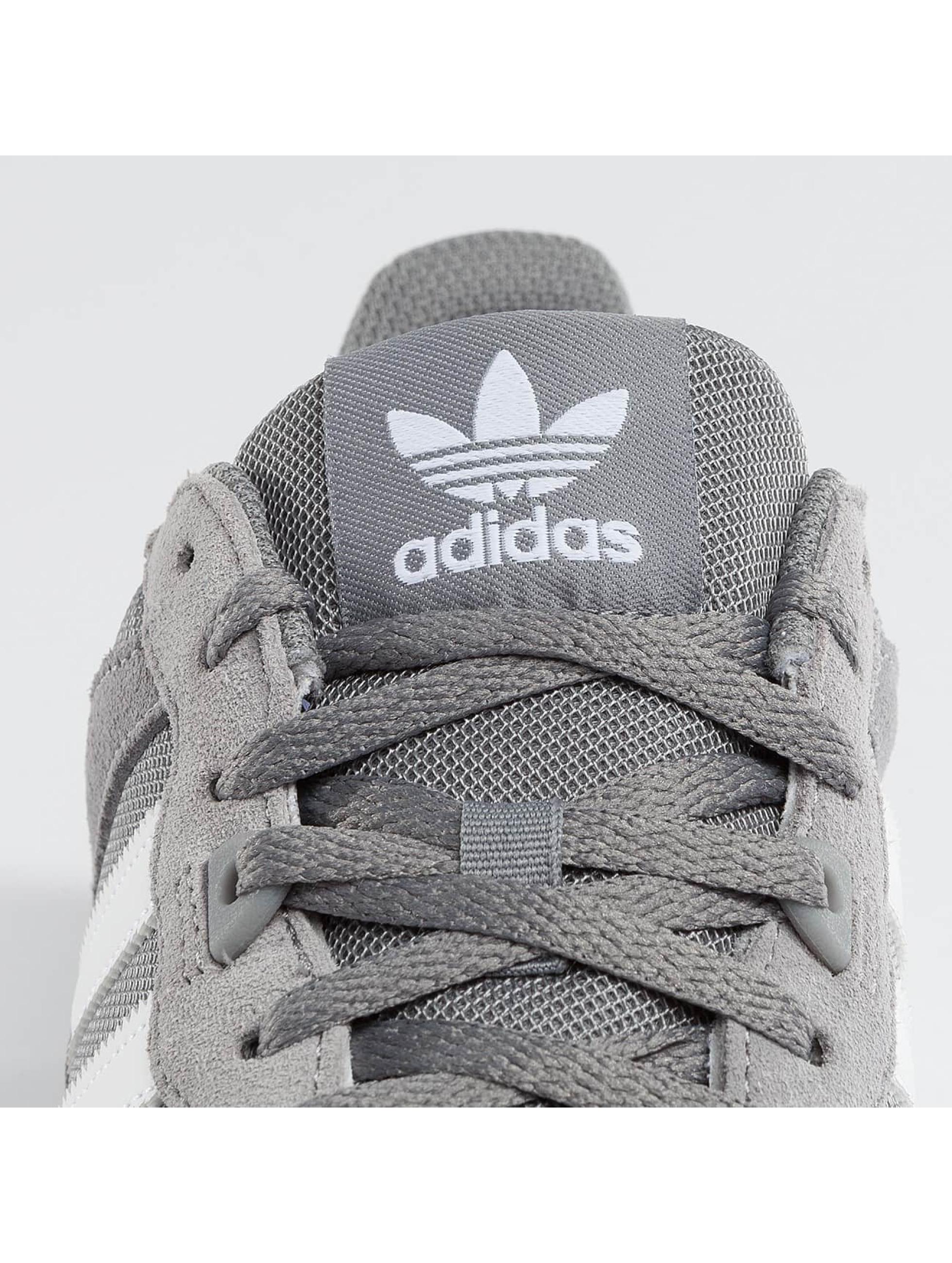 adidas Sneakers ZX 700 grå