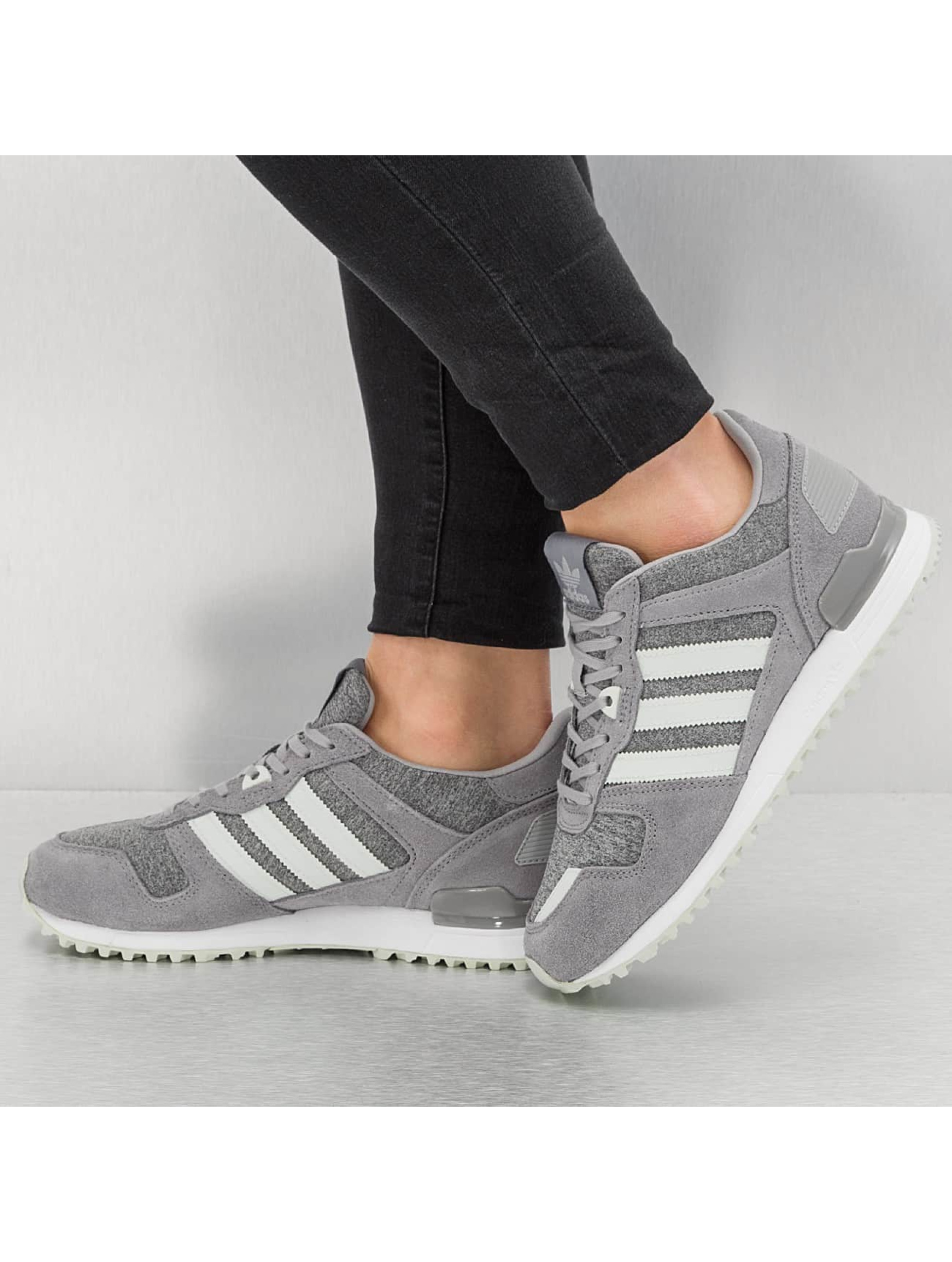 adidas Sneakers ZX 700 W grey