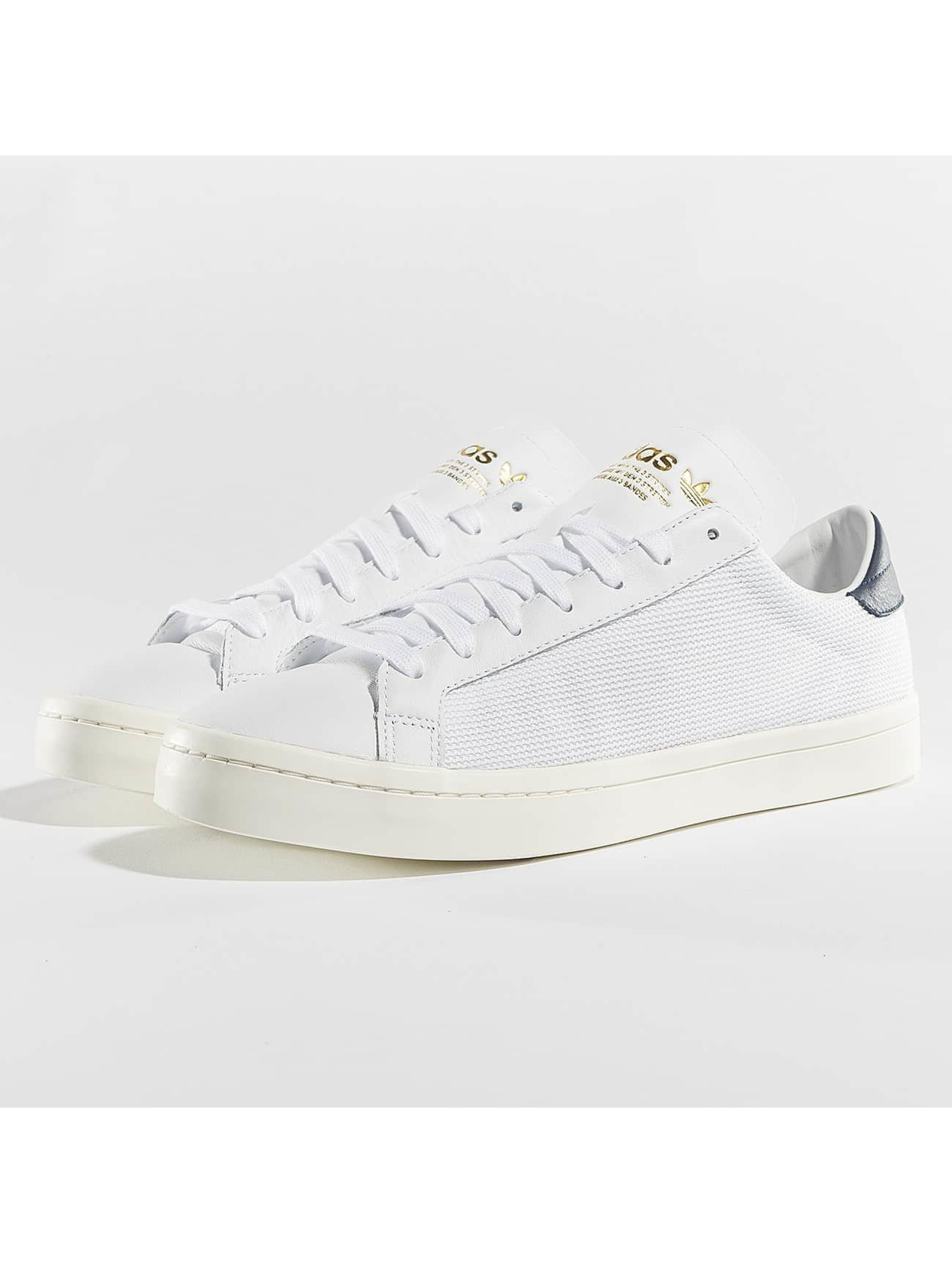 adidas Sneakers Courtvantage white