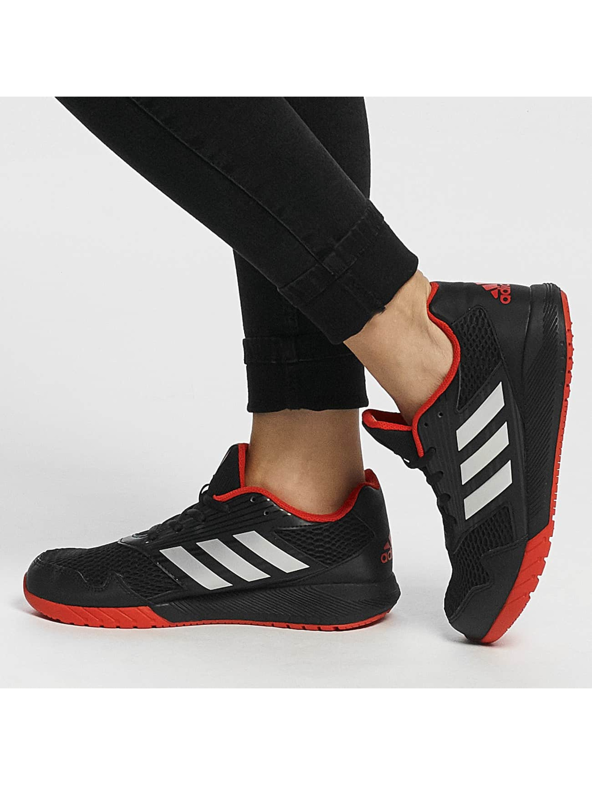 adidas Snejkry AltaRun čern