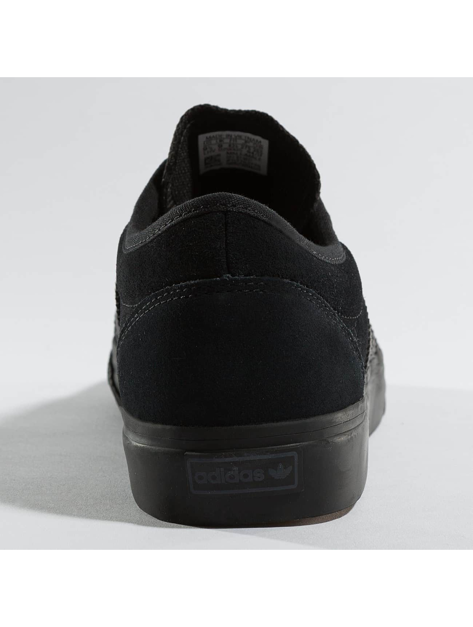 adidas Tøysko Adi-Ease Sneakers Core svart