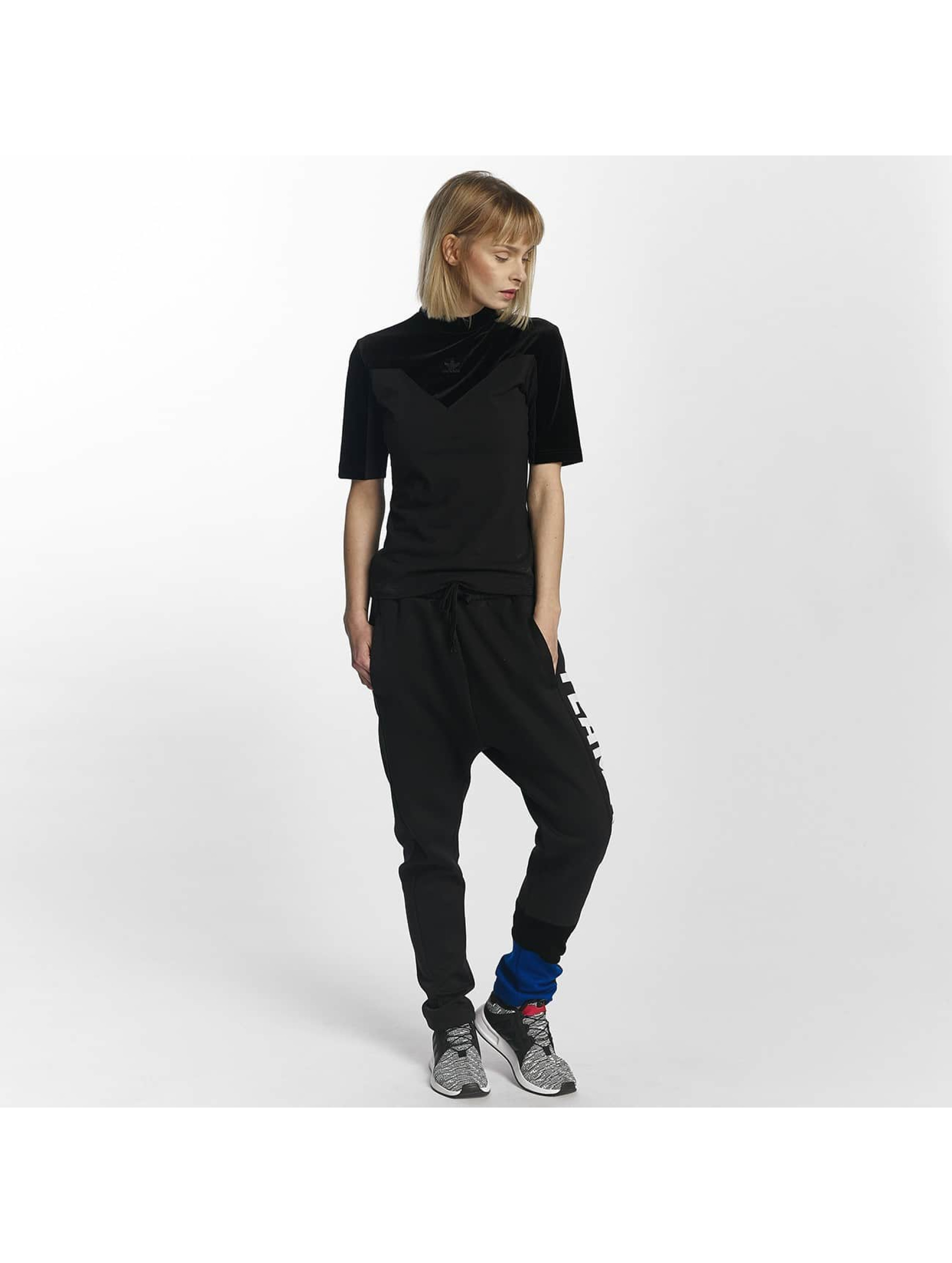 adidas T-paidat HIG musta