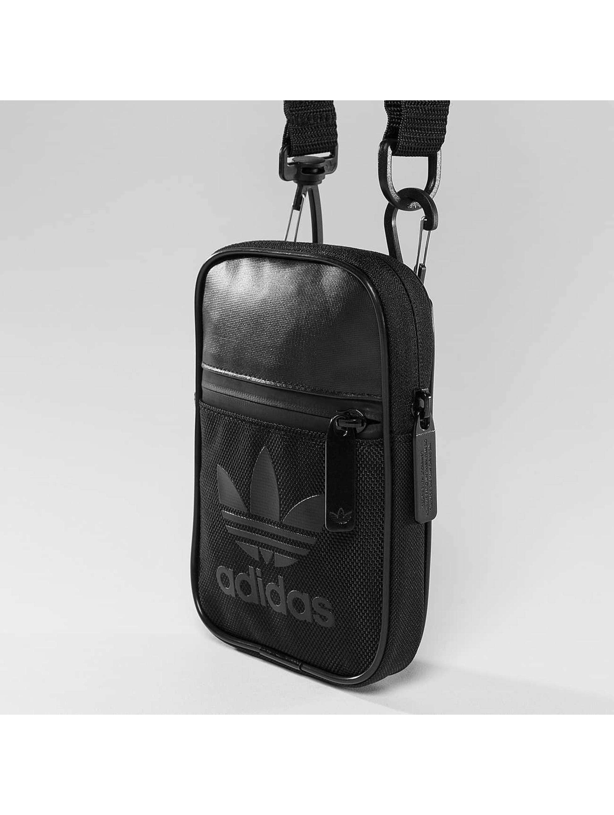 adidas Tasche Fest Sport schwarz