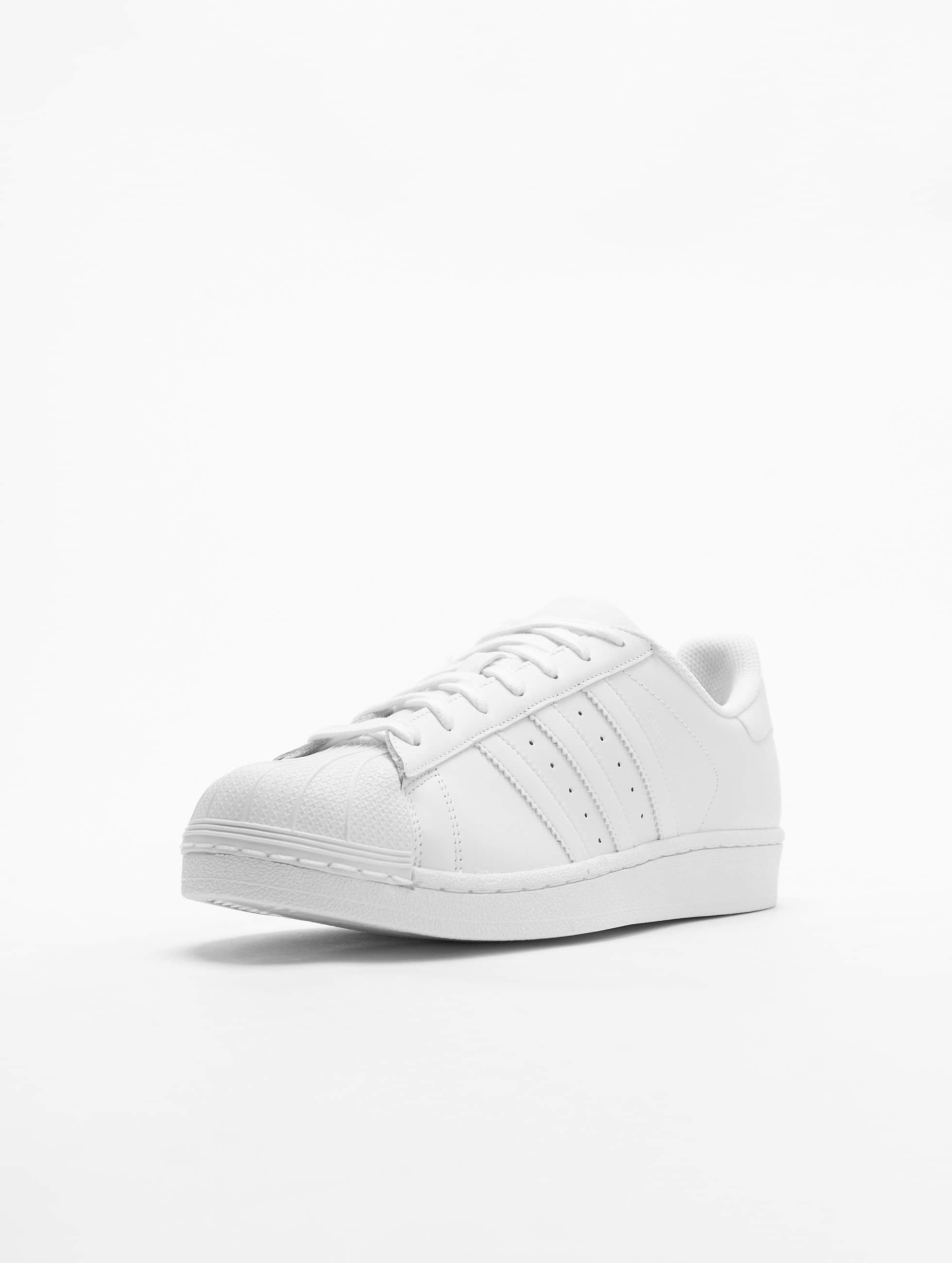 adidas Tennarit Superstar Founda valkoinen