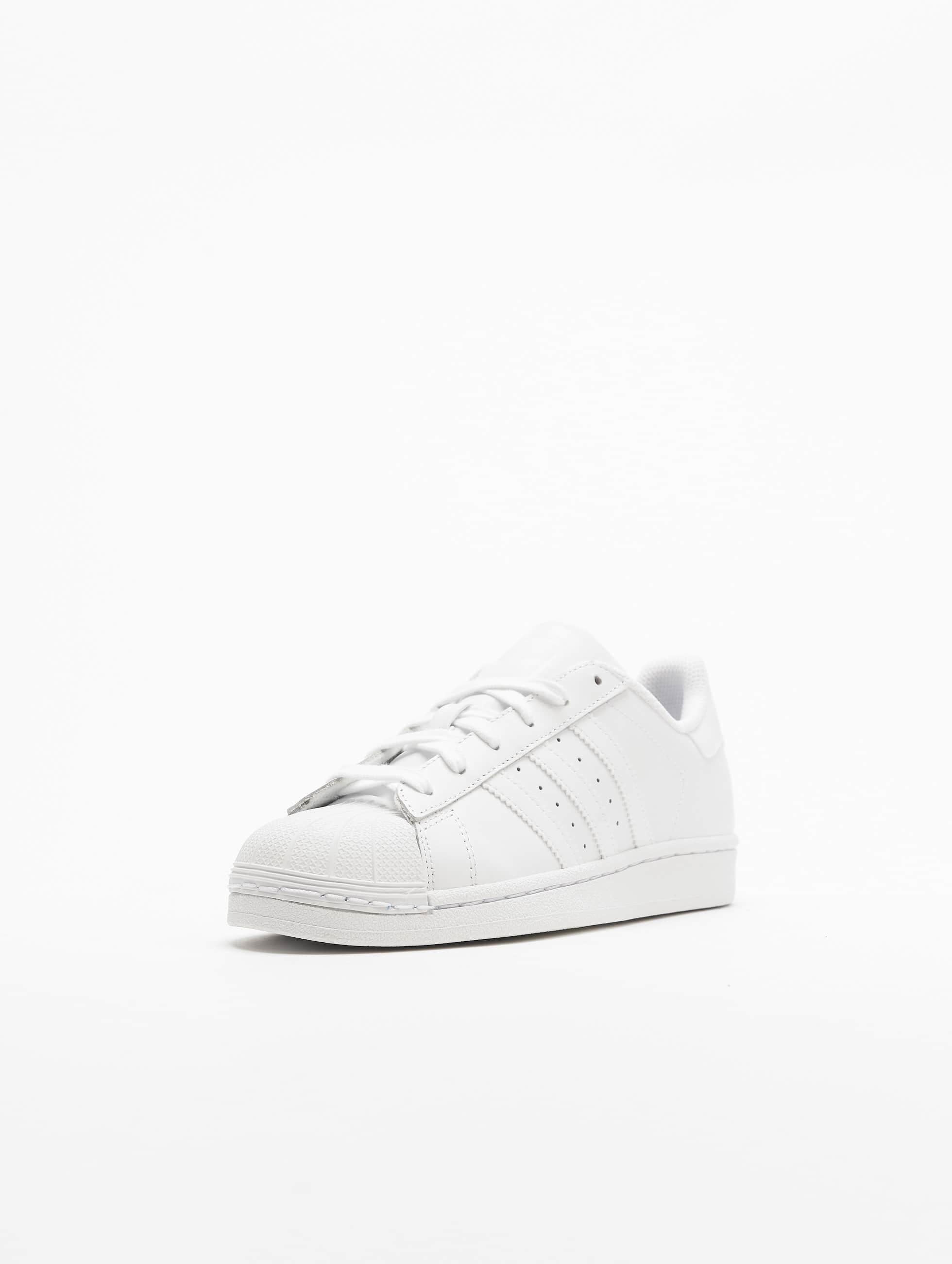 adidas Tennarit Superstar Founda valkoinen