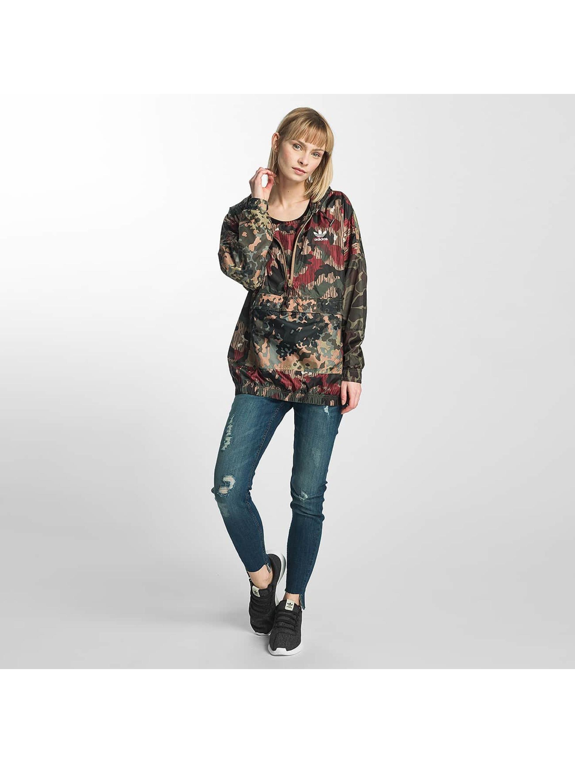adidas damen bergangsjacke pw hu hiking in camouflage 369389. Black Bedroom Furniture Sets. Home Design Ideas