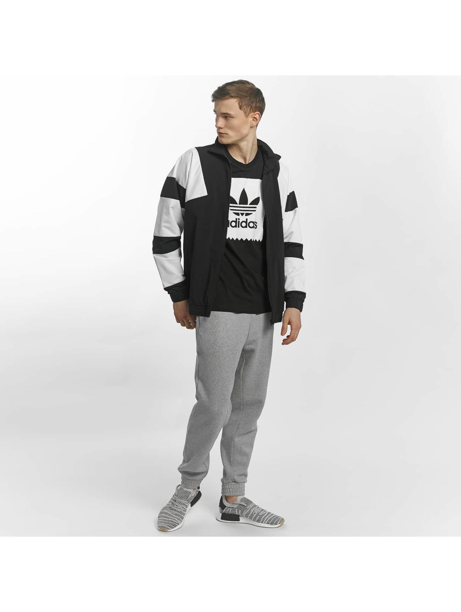 adidas Välikausitakit Equipment Bold TT 2.0 musta a6cd4777fa