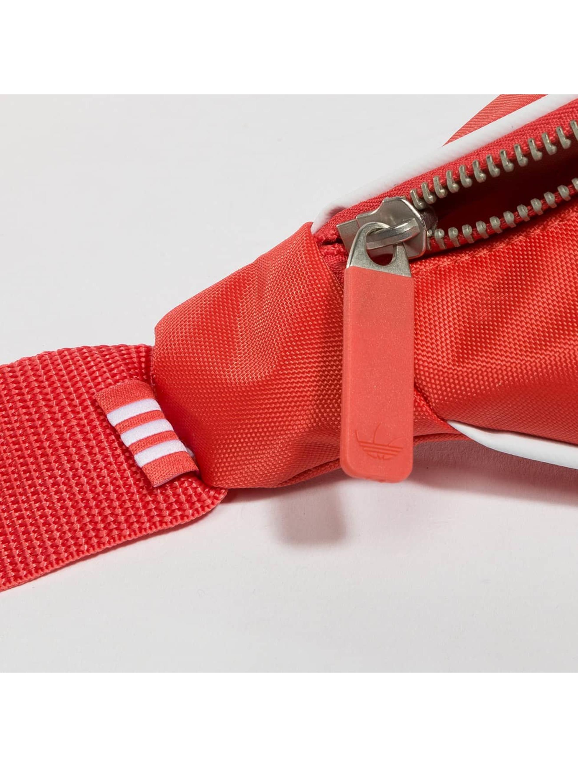 adidas Vesker Basic red
