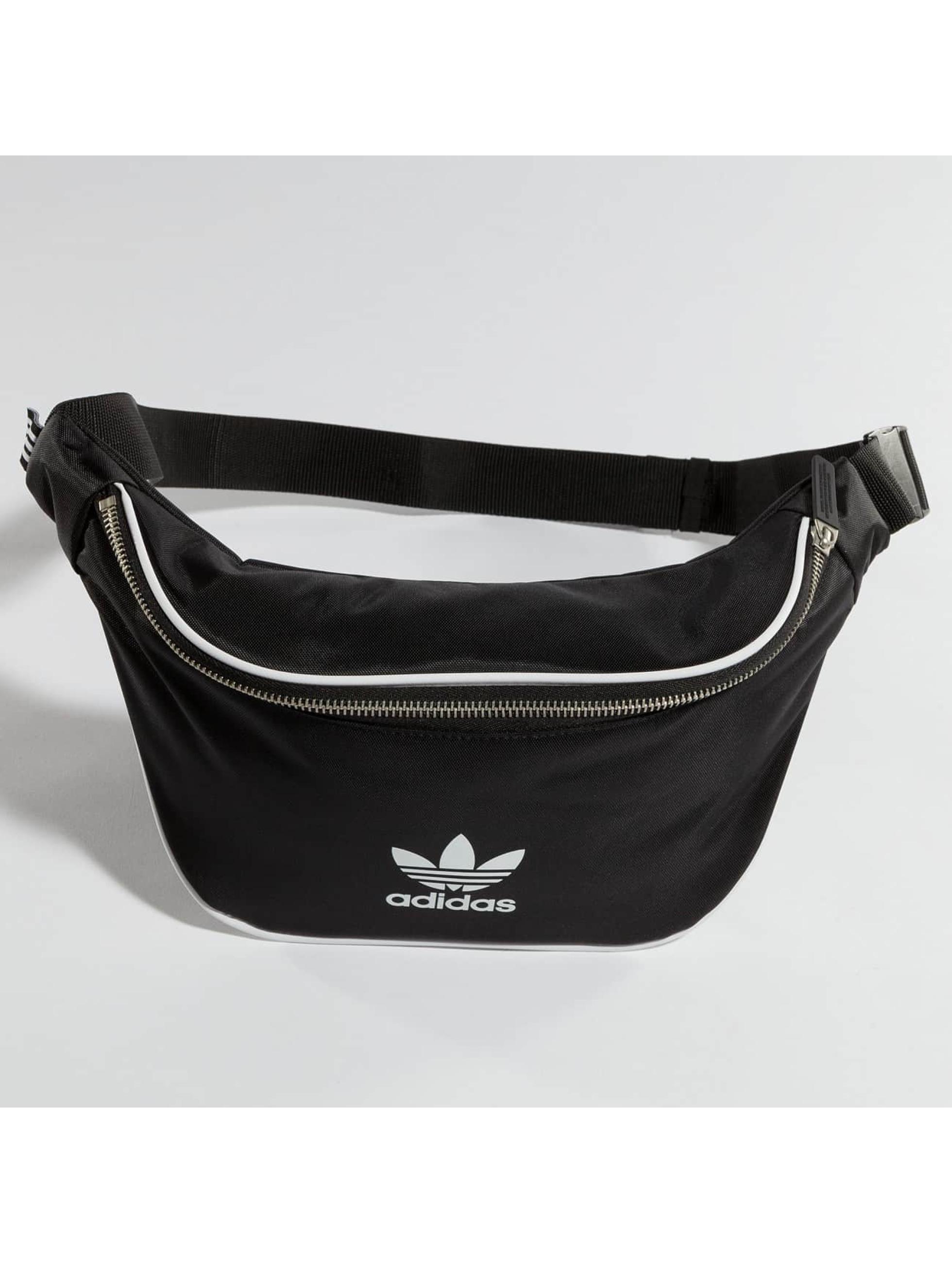 adidas Vesker Basic svart