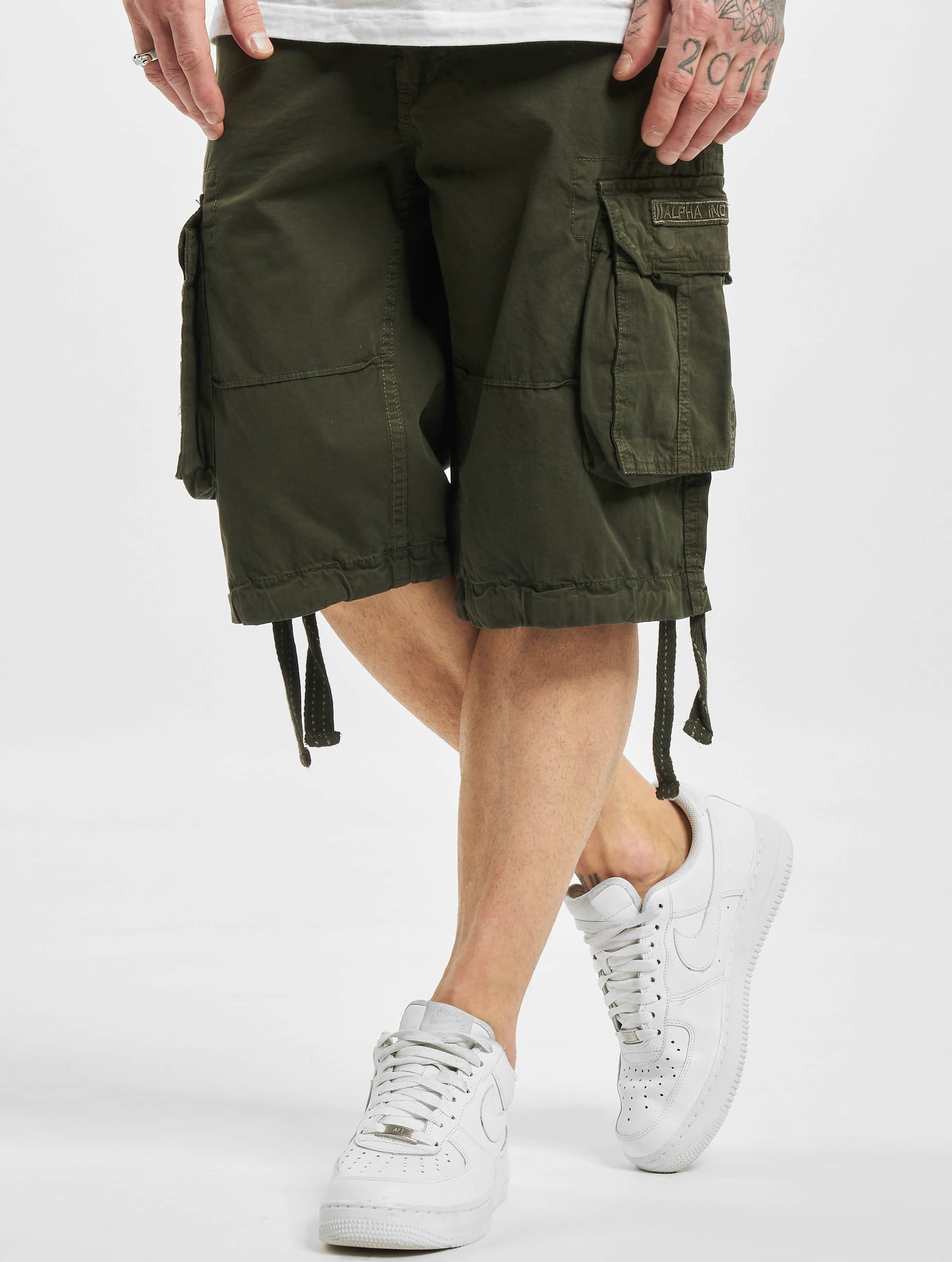 Alpha Industries Shorts 181210 oliven