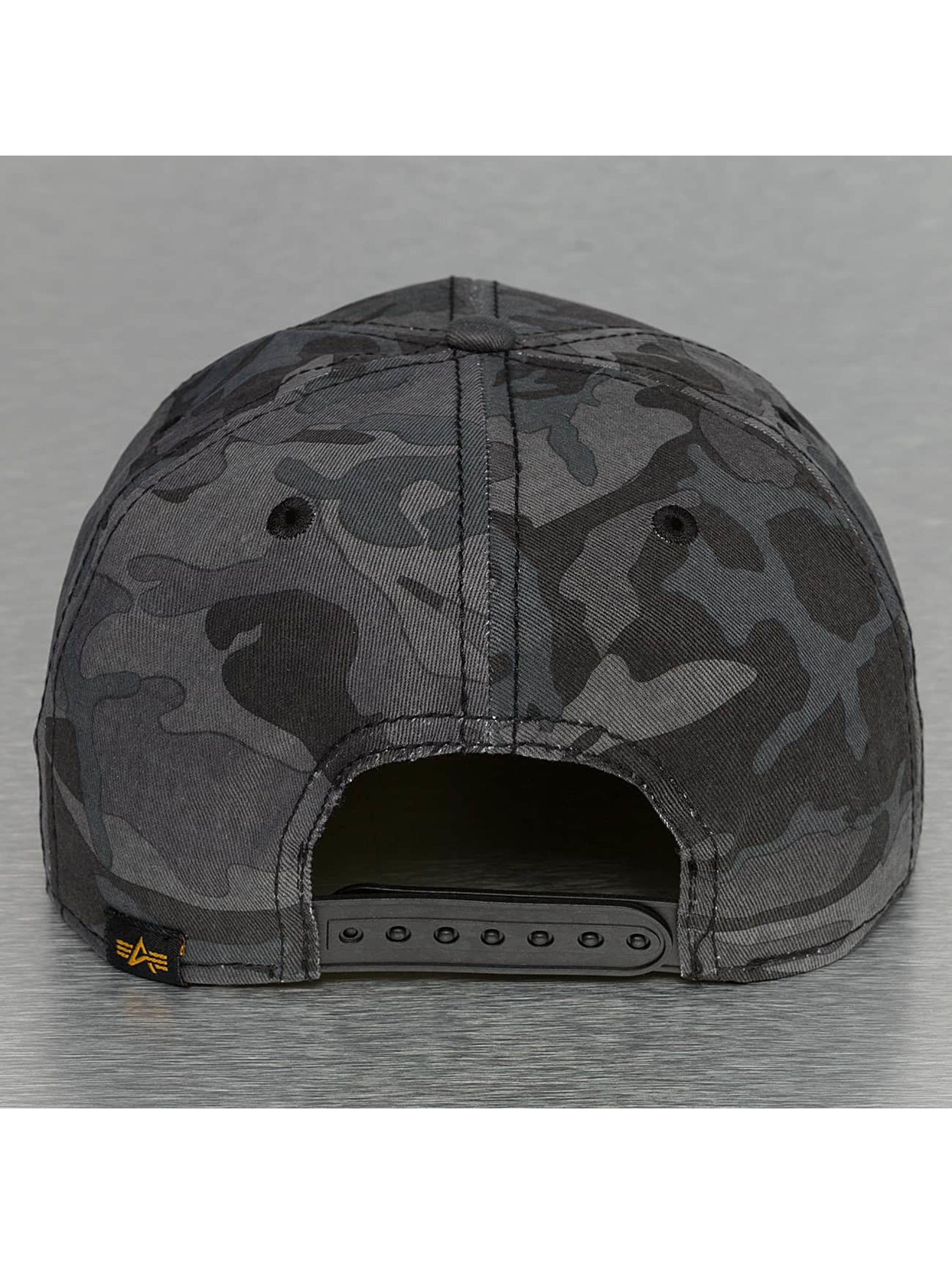Alpha Industries Snapback Cap X-Fit black