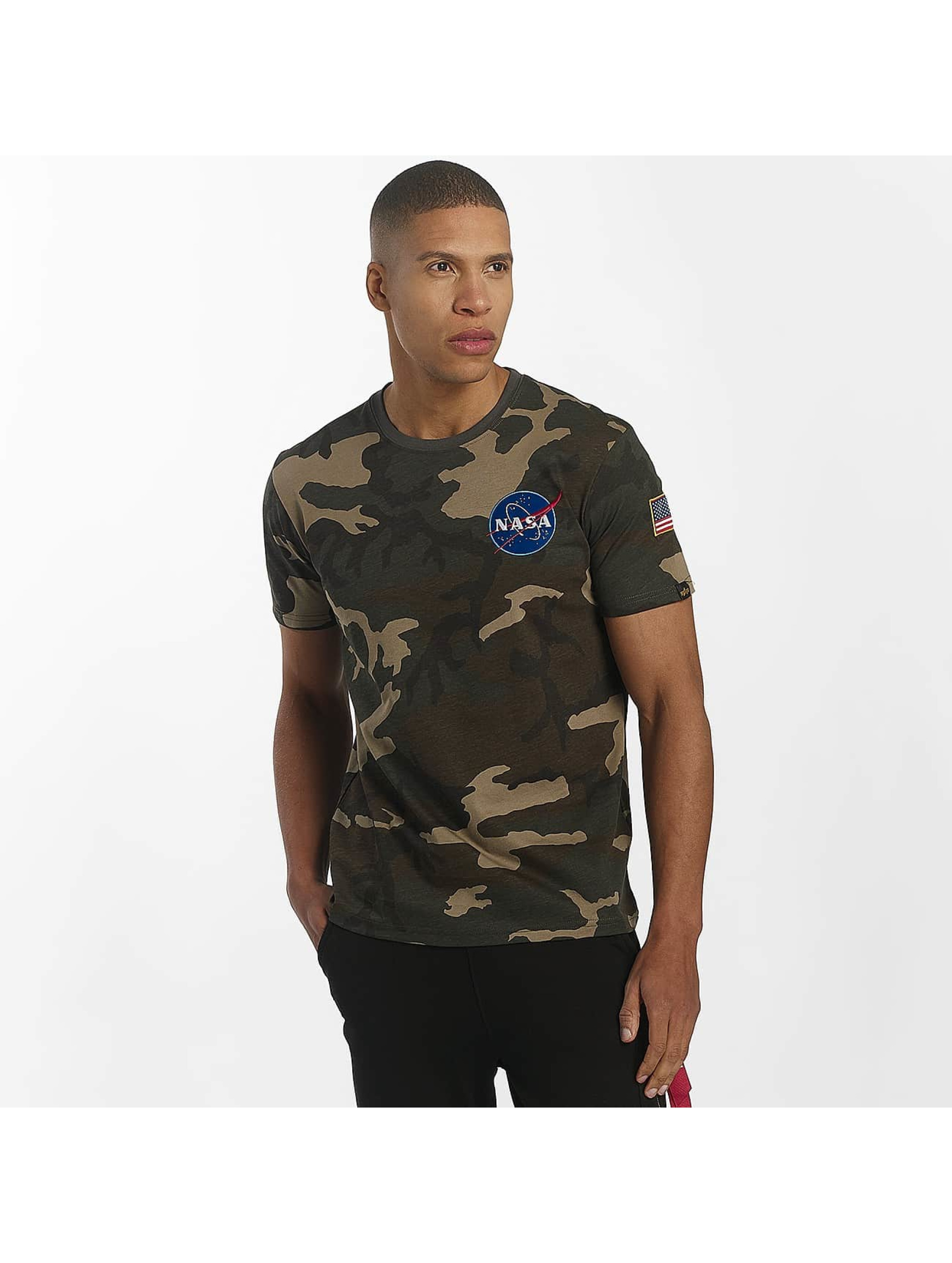 alpha industries herren t shirt space shuttle in camouflage 461942. Black Bedroom Furniture Sets. Home Design Ideas