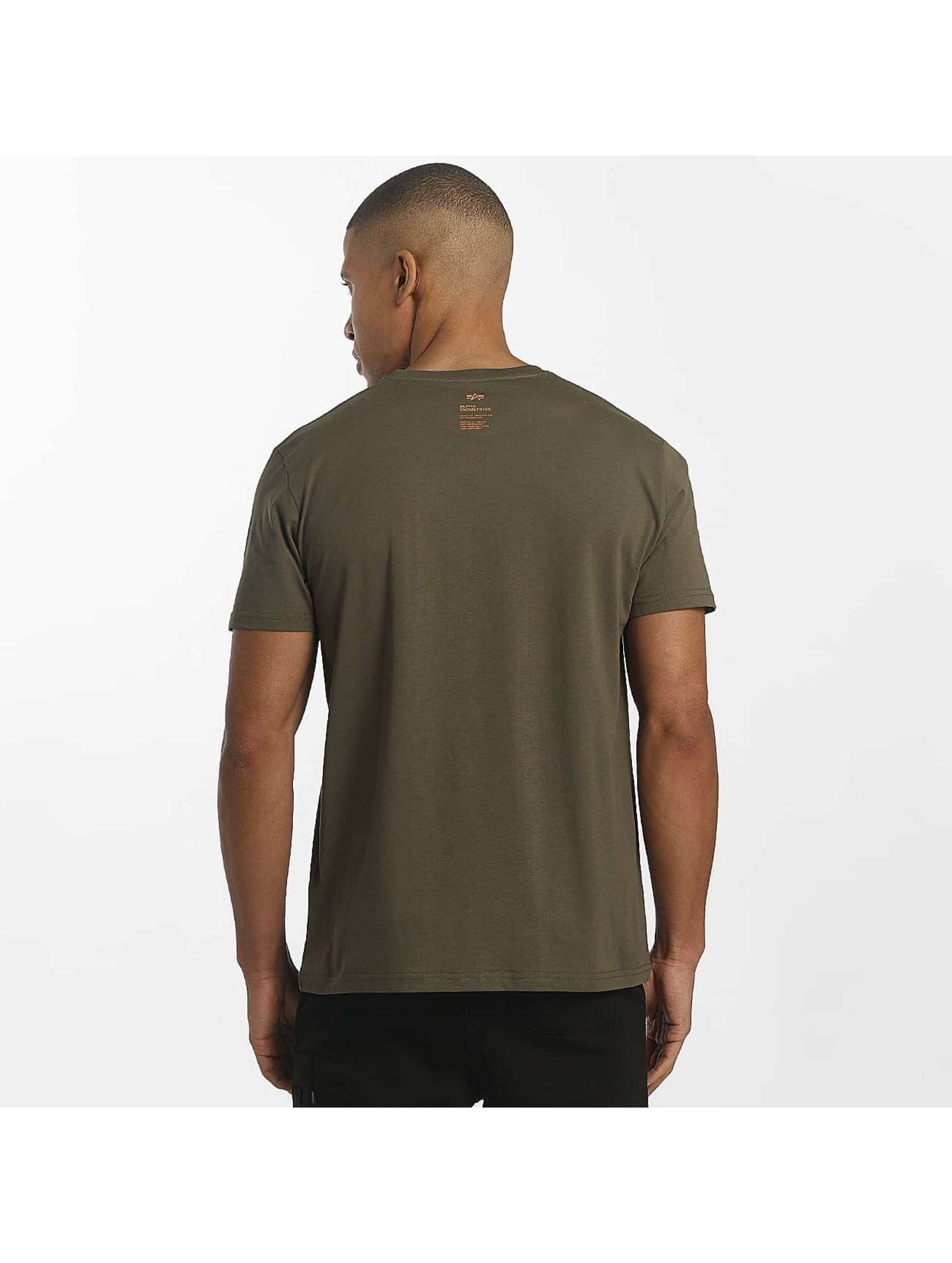 Alpha Industries T-Shirt Star olive