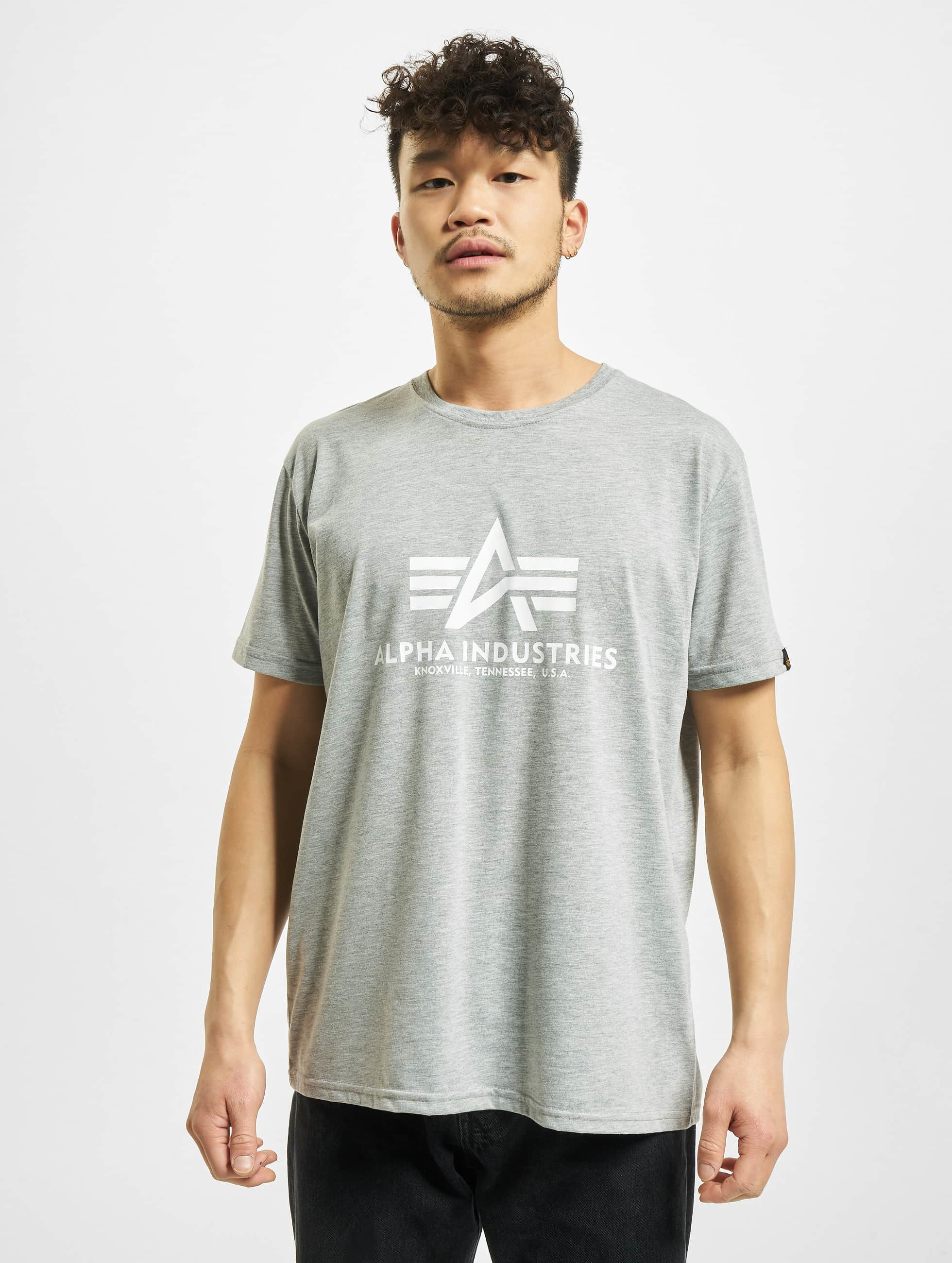 Alpha Industries T-shirts Basic grå