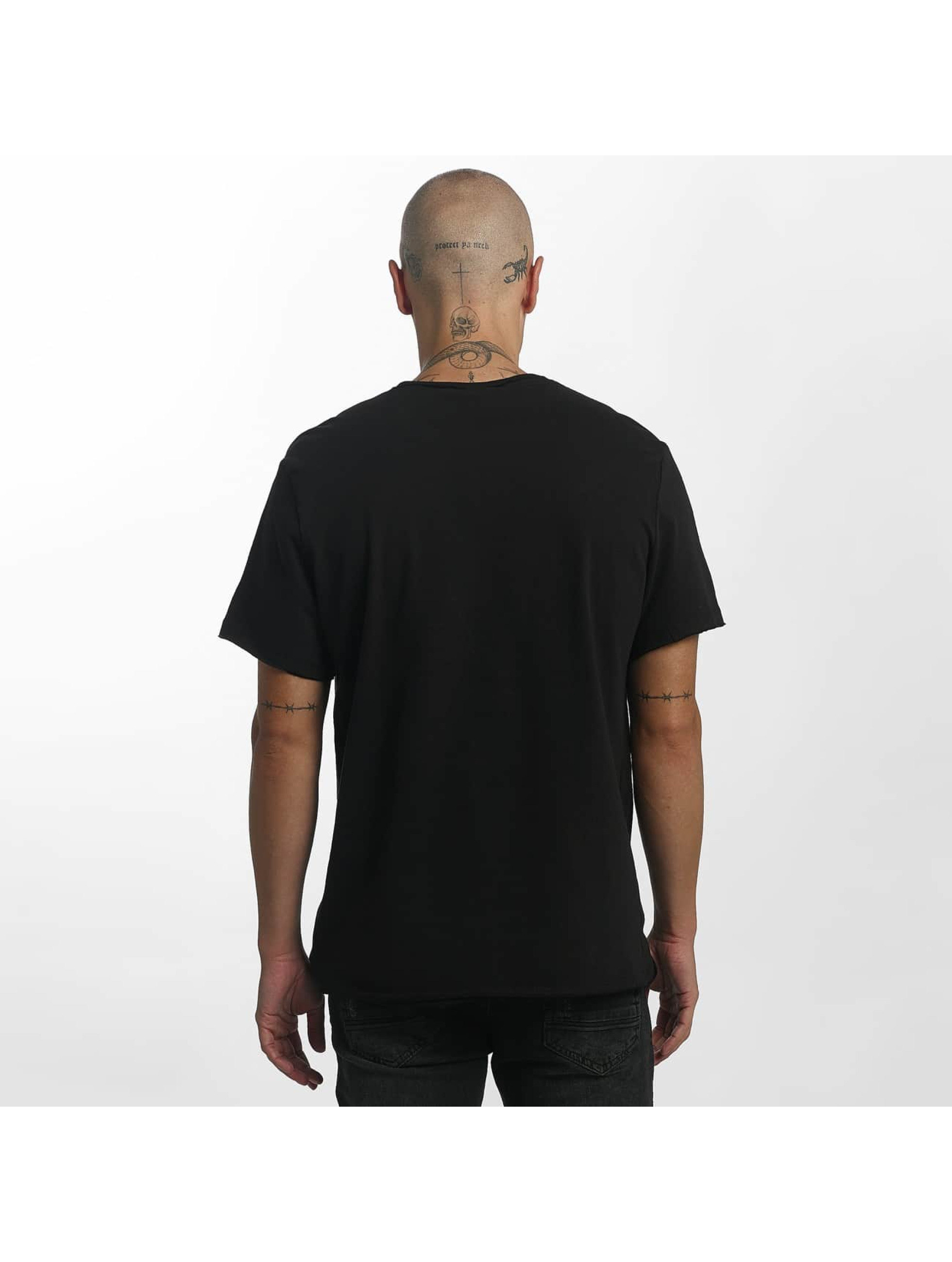 Amplified T-skjorter Black Sabbath The End svart