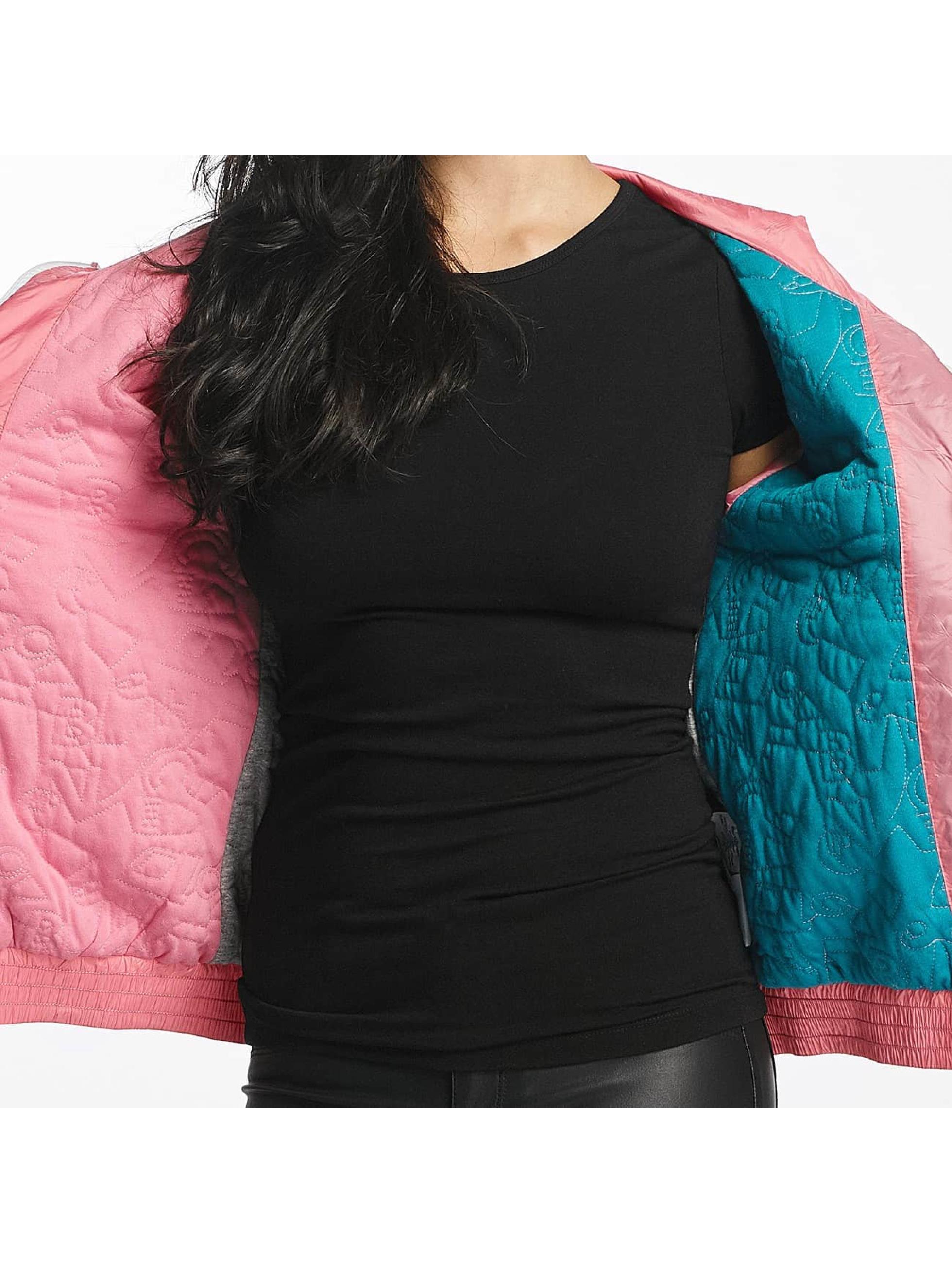 Bench Демисезонная куртка Light Padded розовый