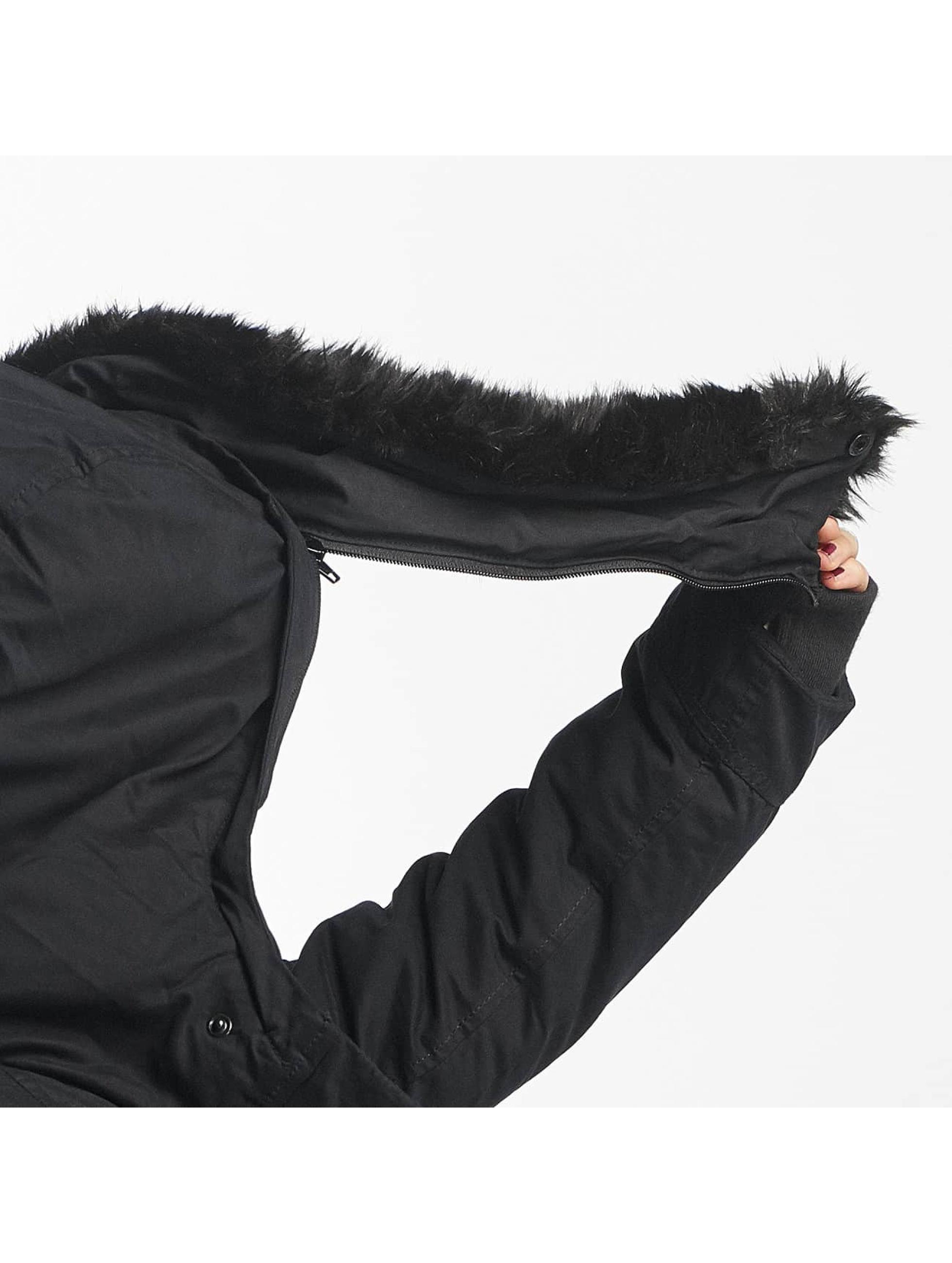 Bench Chaqueta de invierno Asymmetric Functional negro