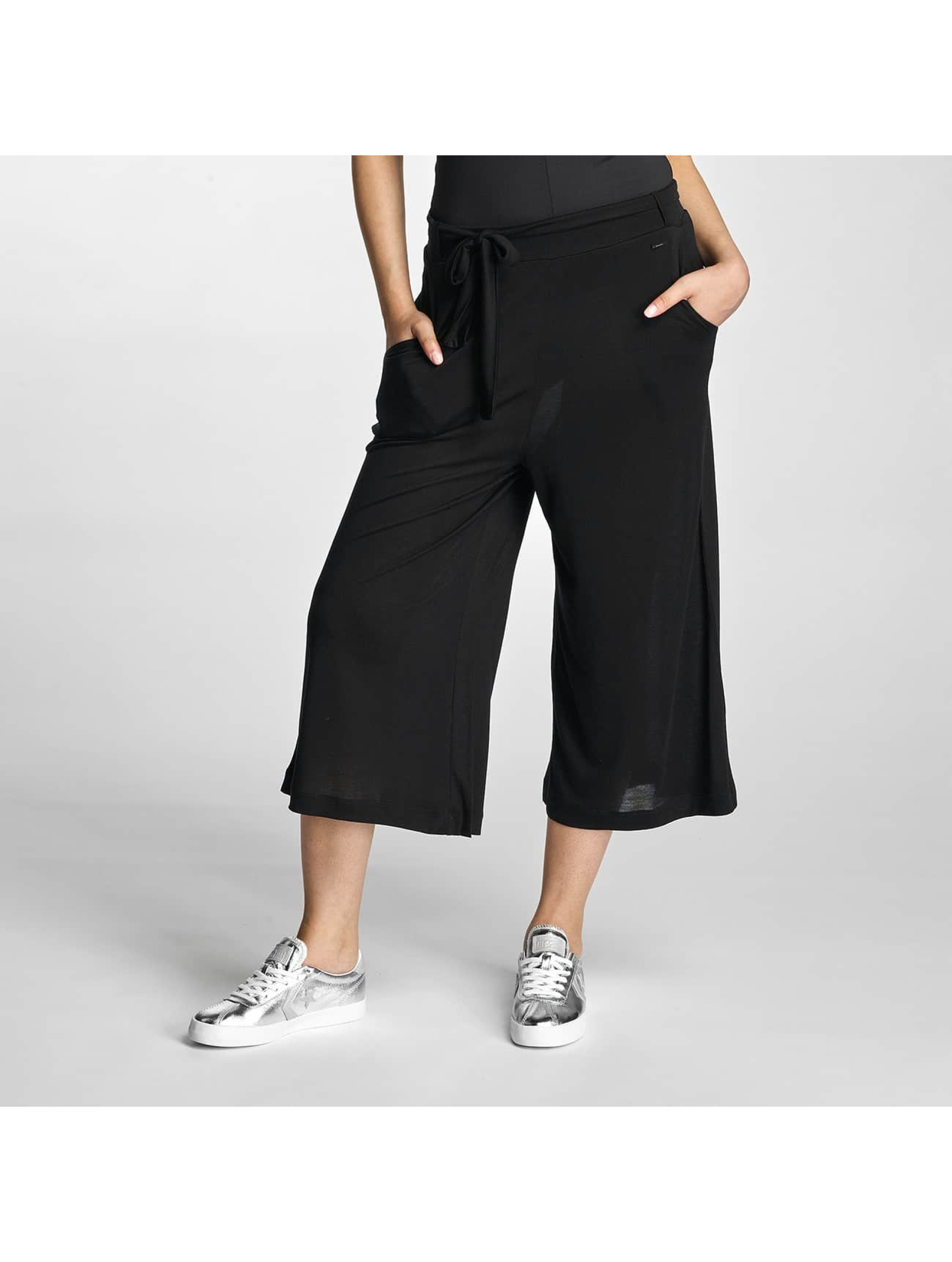 bench damen chino jersey skirt in schwarz 310394. Black Bedroom Furniture Sets. Home Design Ideas