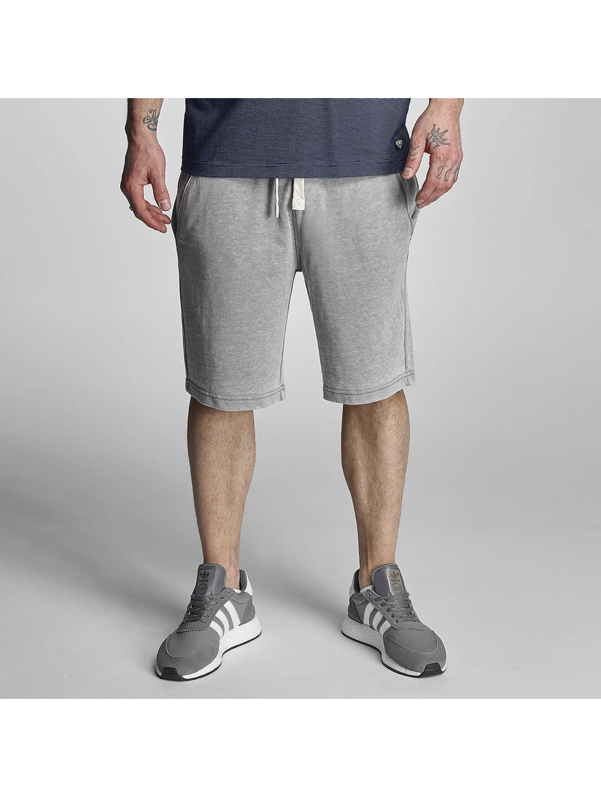 Bench Short Overdye grey