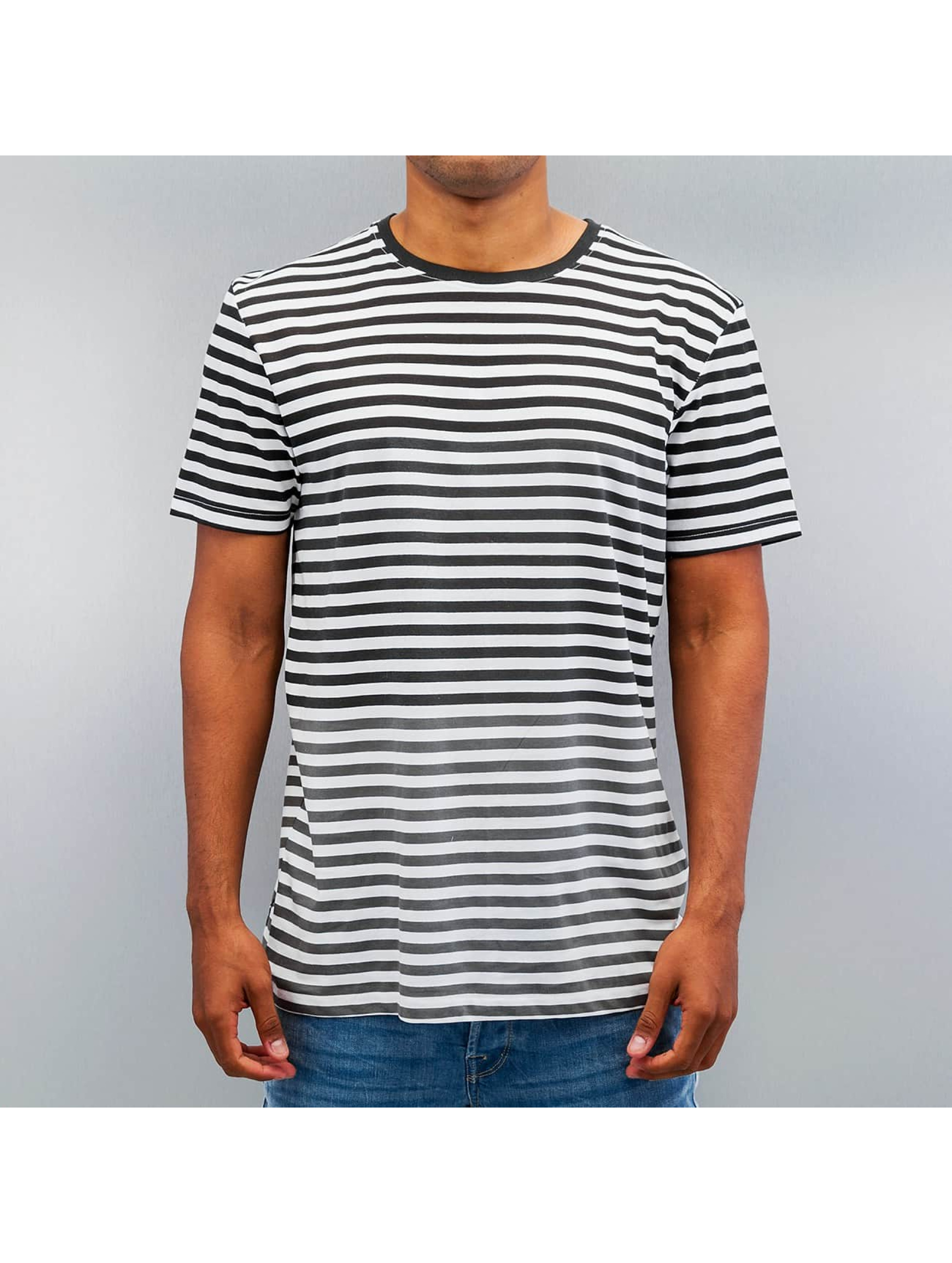 Bench T-skjorter Pontapreta svart