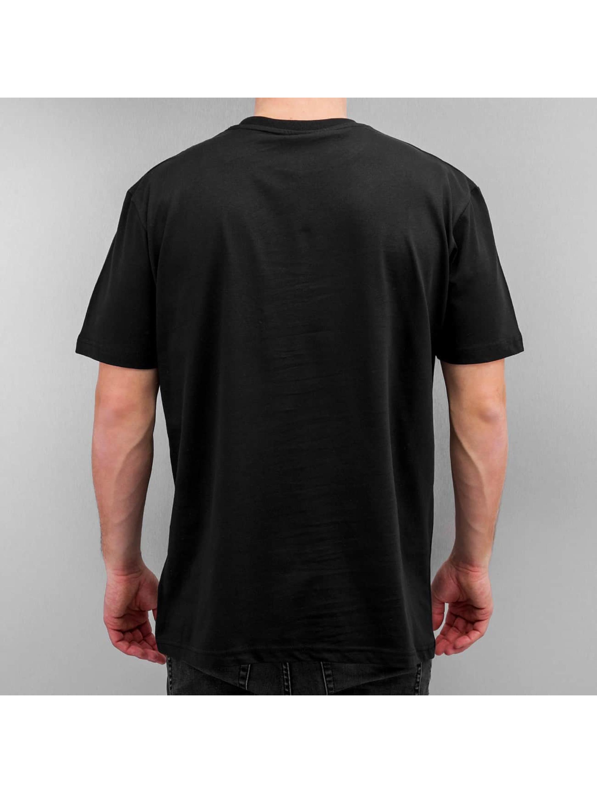 Blood In Blood Out t-shirt La Catrina Blanca zwart