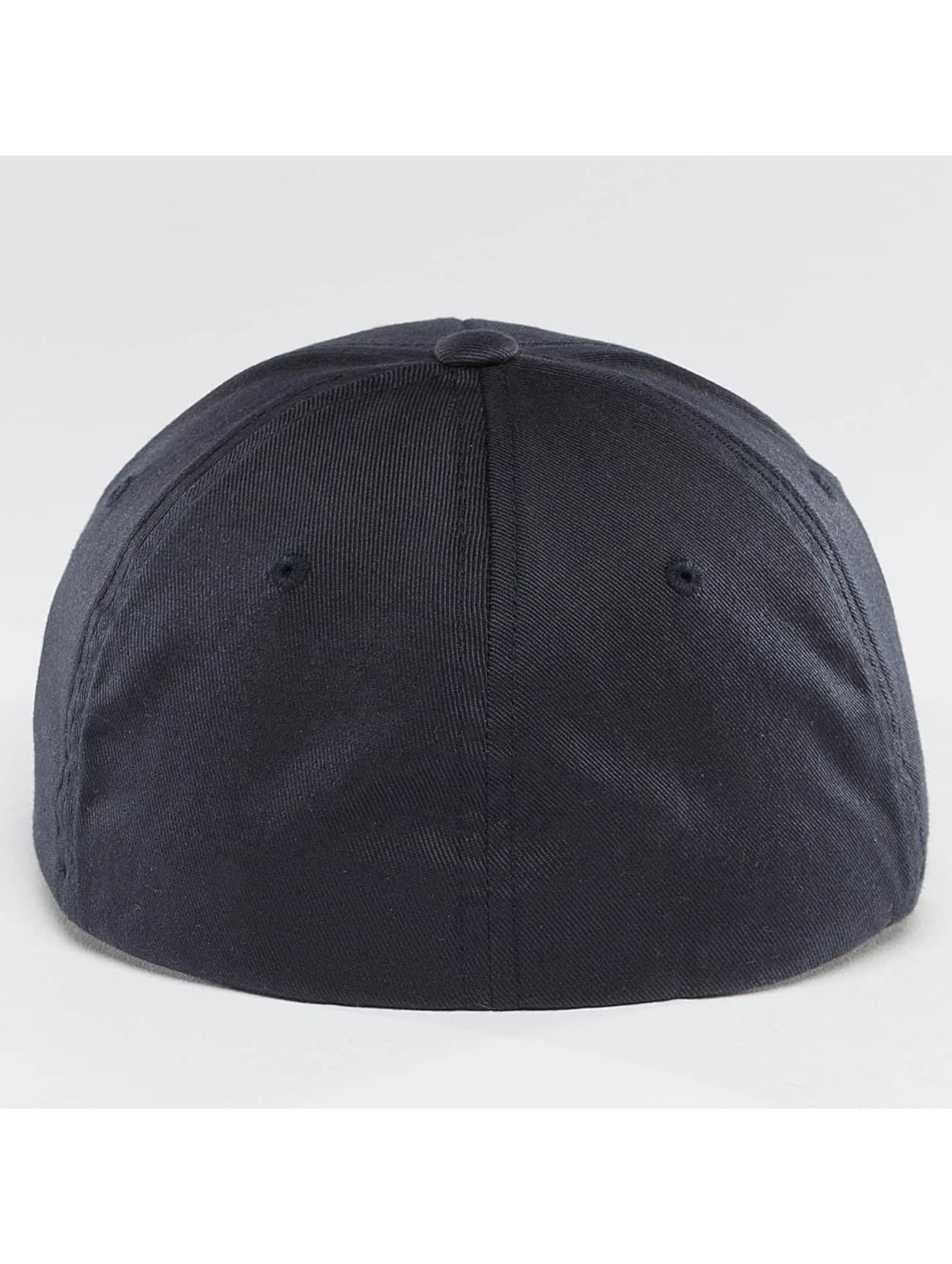 Cleptomanicx Flexfitted Cap Flex blau