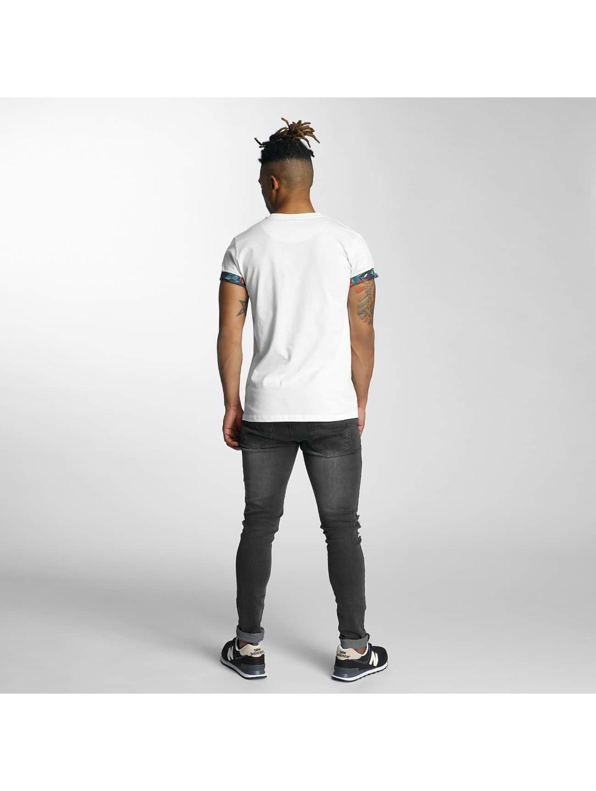 Criminal Damage T-skjorter Omnia hvit