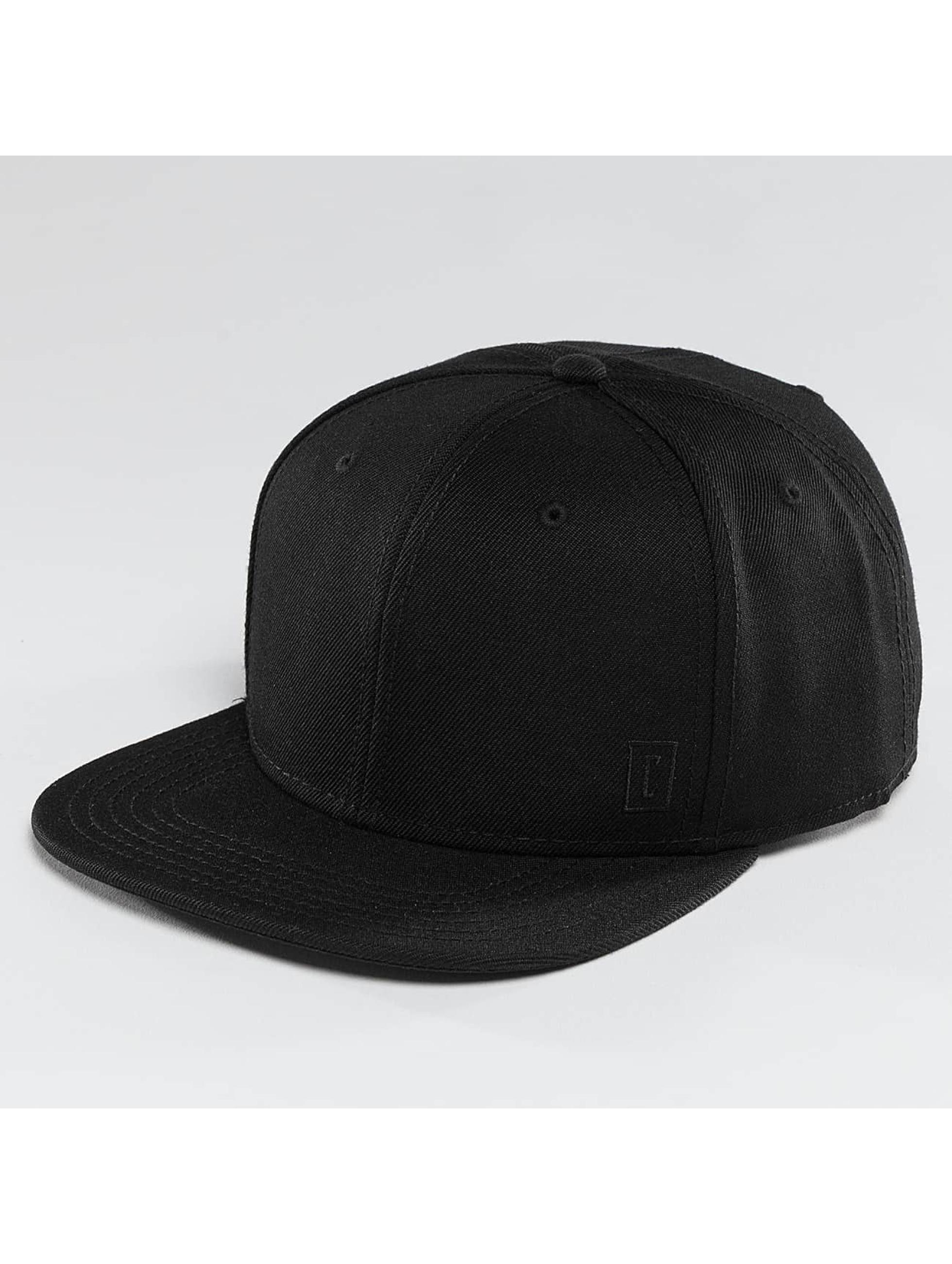 Cyprime Snapback Caps Starter Shape svart