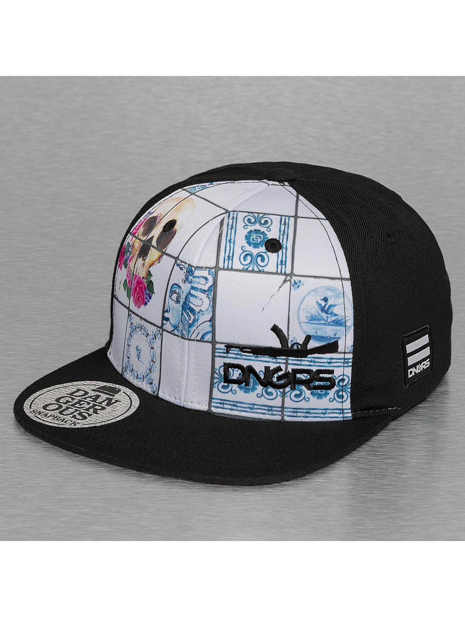 Dangerous DNGRS Snapback Caps Skull czarny
