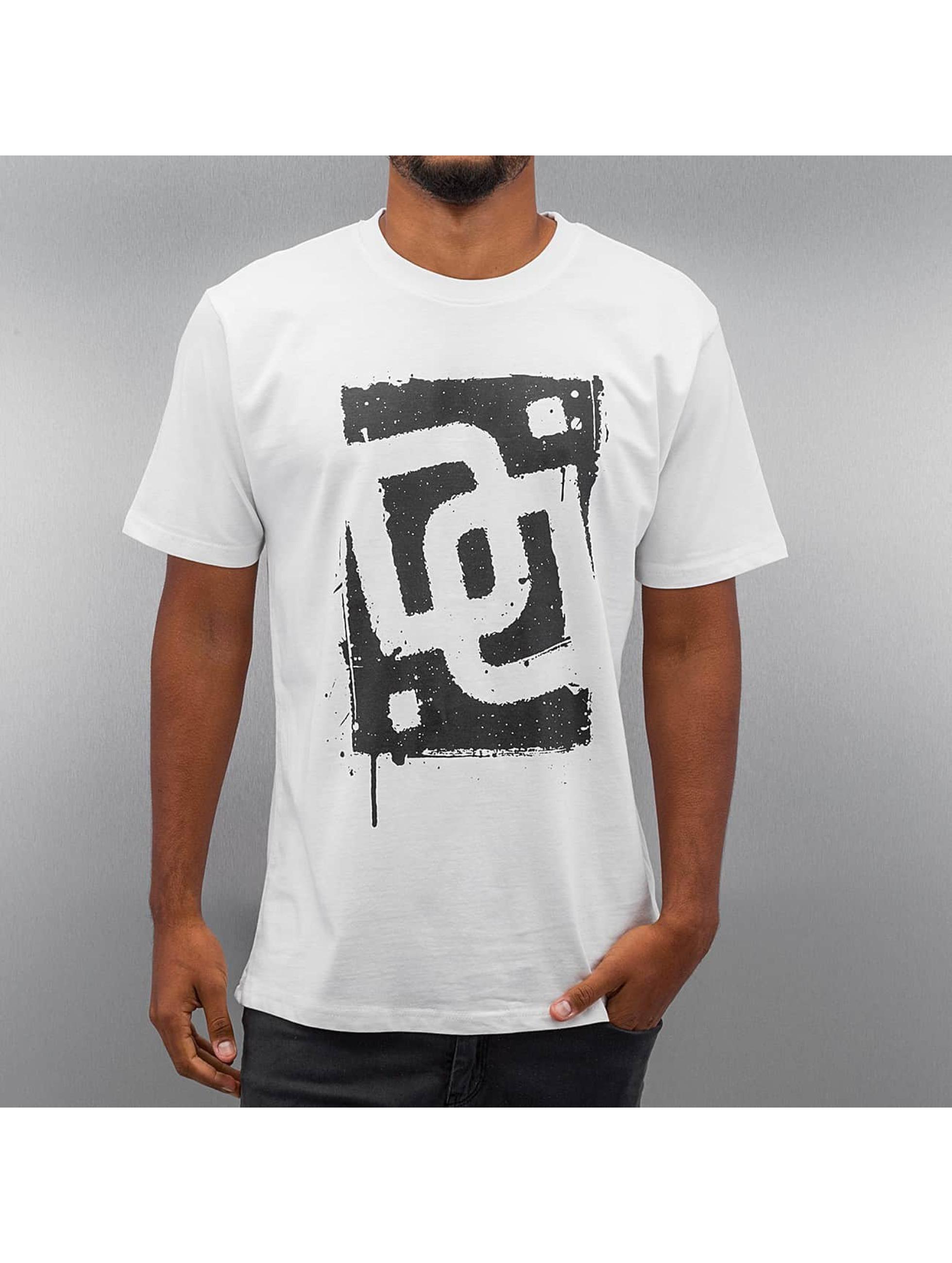 Dangerous DNGRS T-Shirty Sprayed Logo Race City bialy