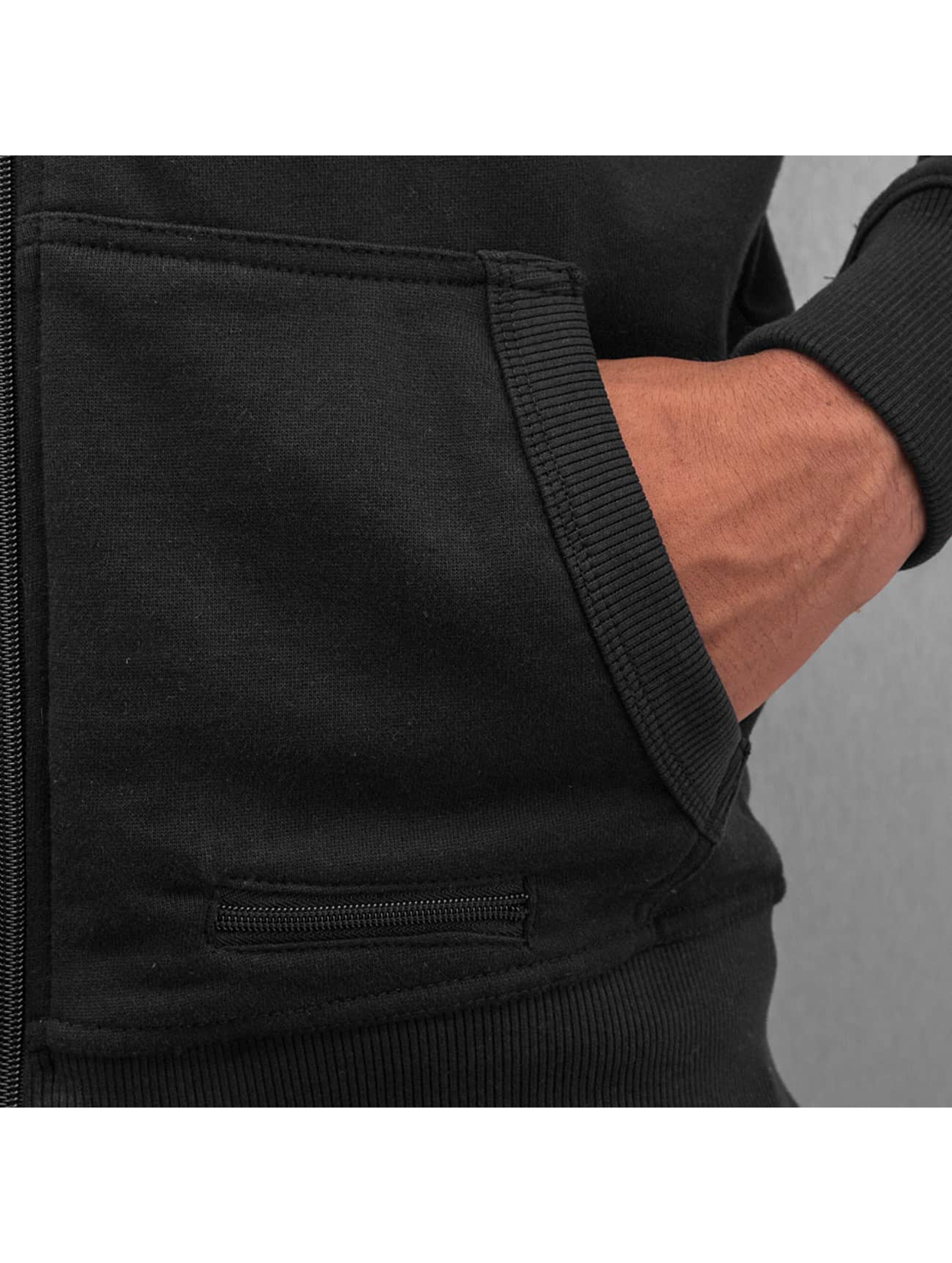 Dangerous DNGRS Vetoketjuhupparit PU Leather musta