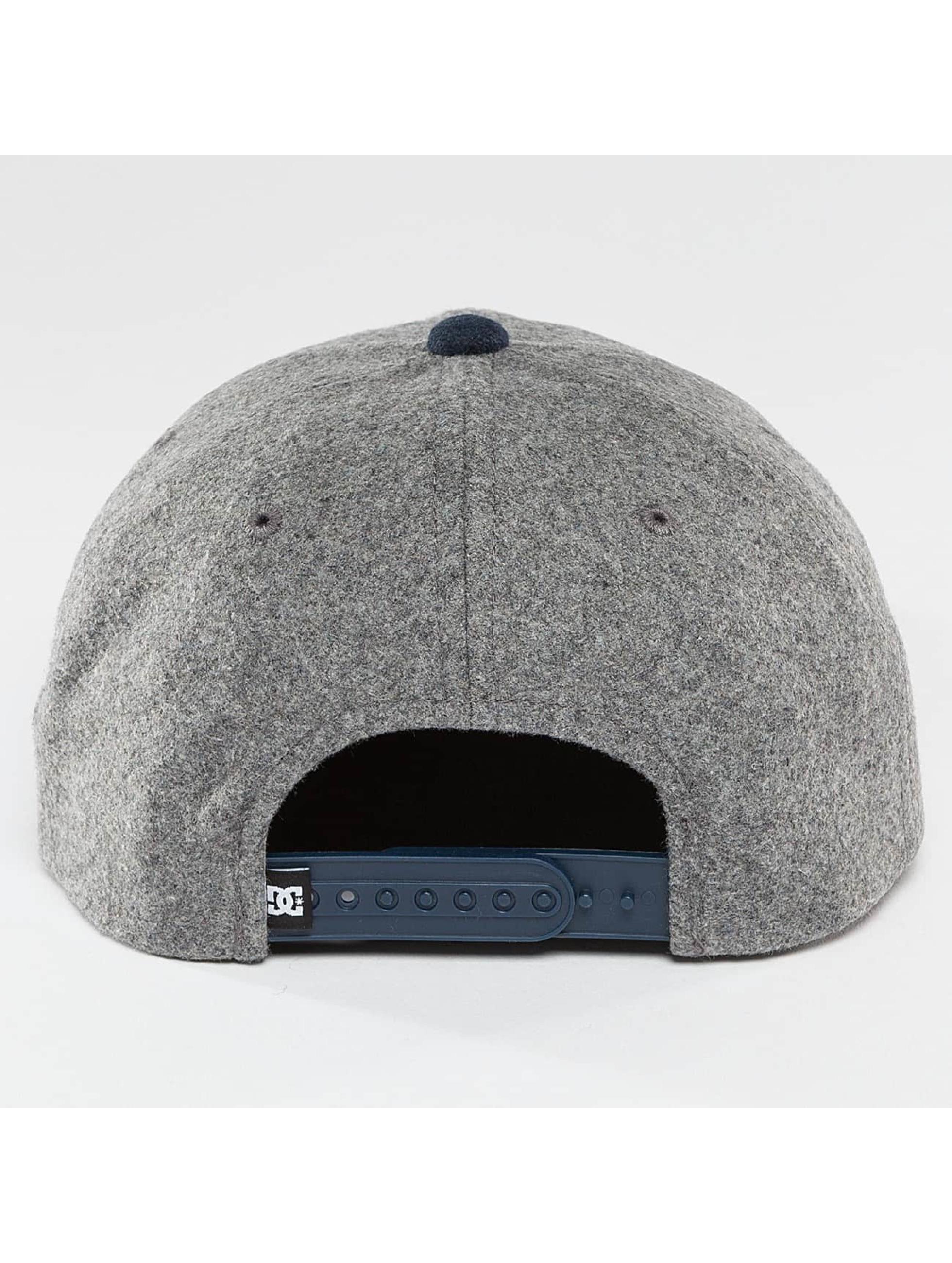 DC Snapback Caps Off Field grå
