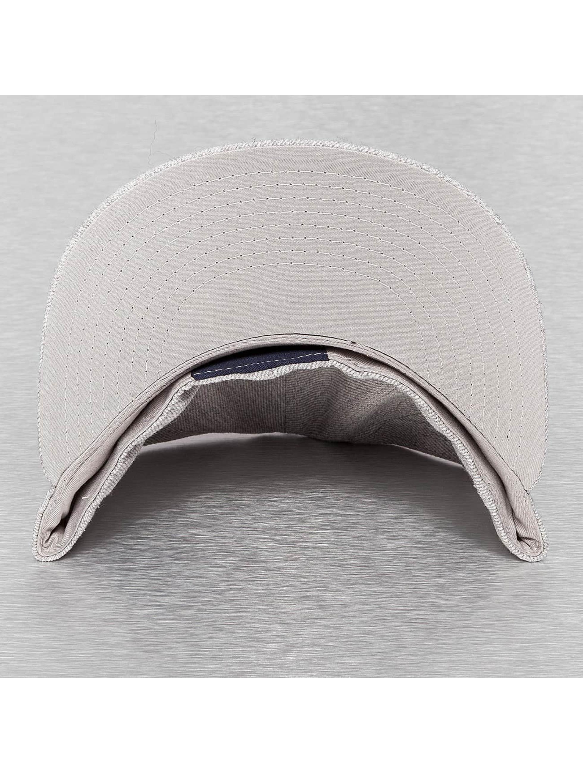 Decky USA Бейсболка Retro Fitted серый
